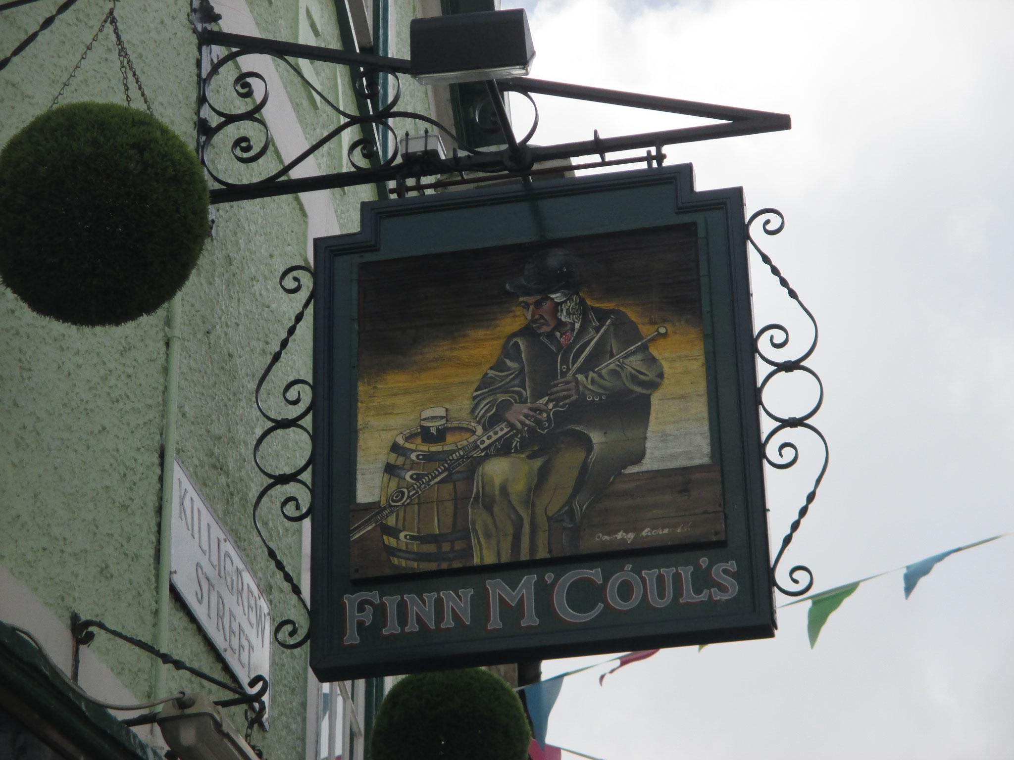 wie kann man diesen schönen alten Pub-Schildern widerstehen?