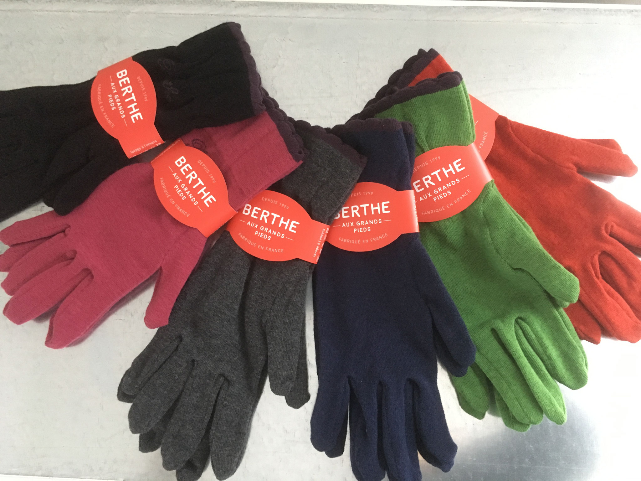 Handschuhe in Woll/Cashemerequalität (CHF 79.-)