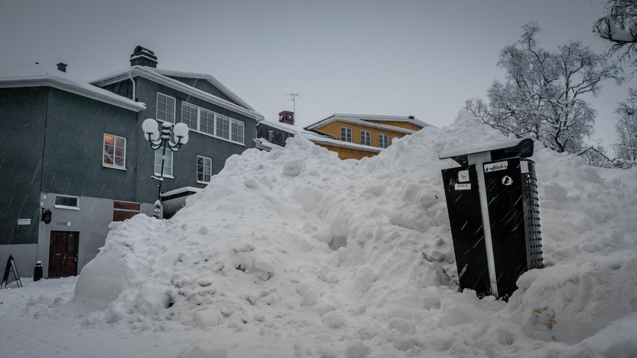 16.12.2020 gegen 12 Uhr Schneefall in Kiruna