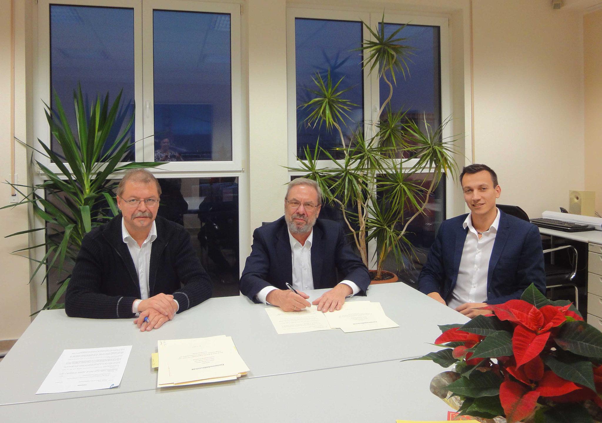 """2016 - ändert sich die Firmenstruktur zu """"amcad Menz und Partner"""" und die langjährigen Mitarbeiter Herr Oliver Kalb und Herr Matthias Bertholdt werden Partner"""