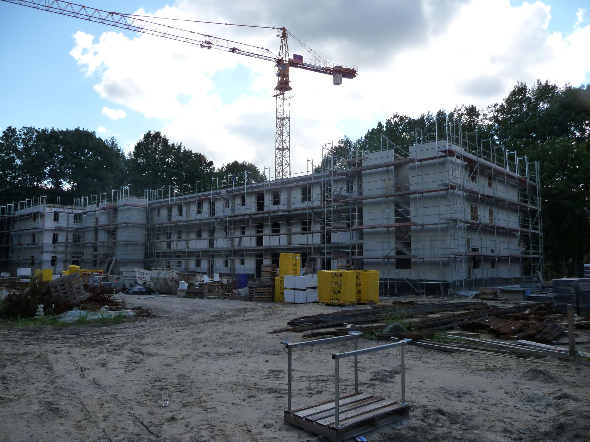 Potsdam, Sarrmunder Straße Gesamtkomplex ca. 4500m² Fassadengerüst Lastklasse 3