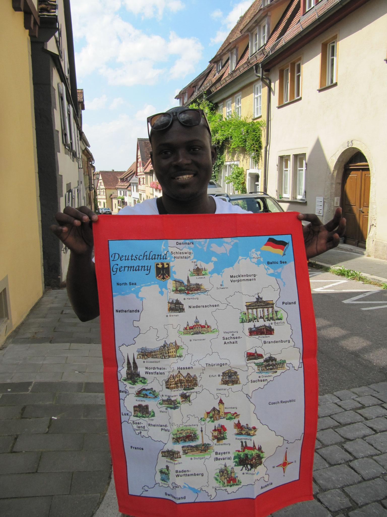 Deutsch lernen in Würzburg, Sprachkurs, Freizeit, Kulturprogramm, Teilnehmer mit Deutschlandkarte