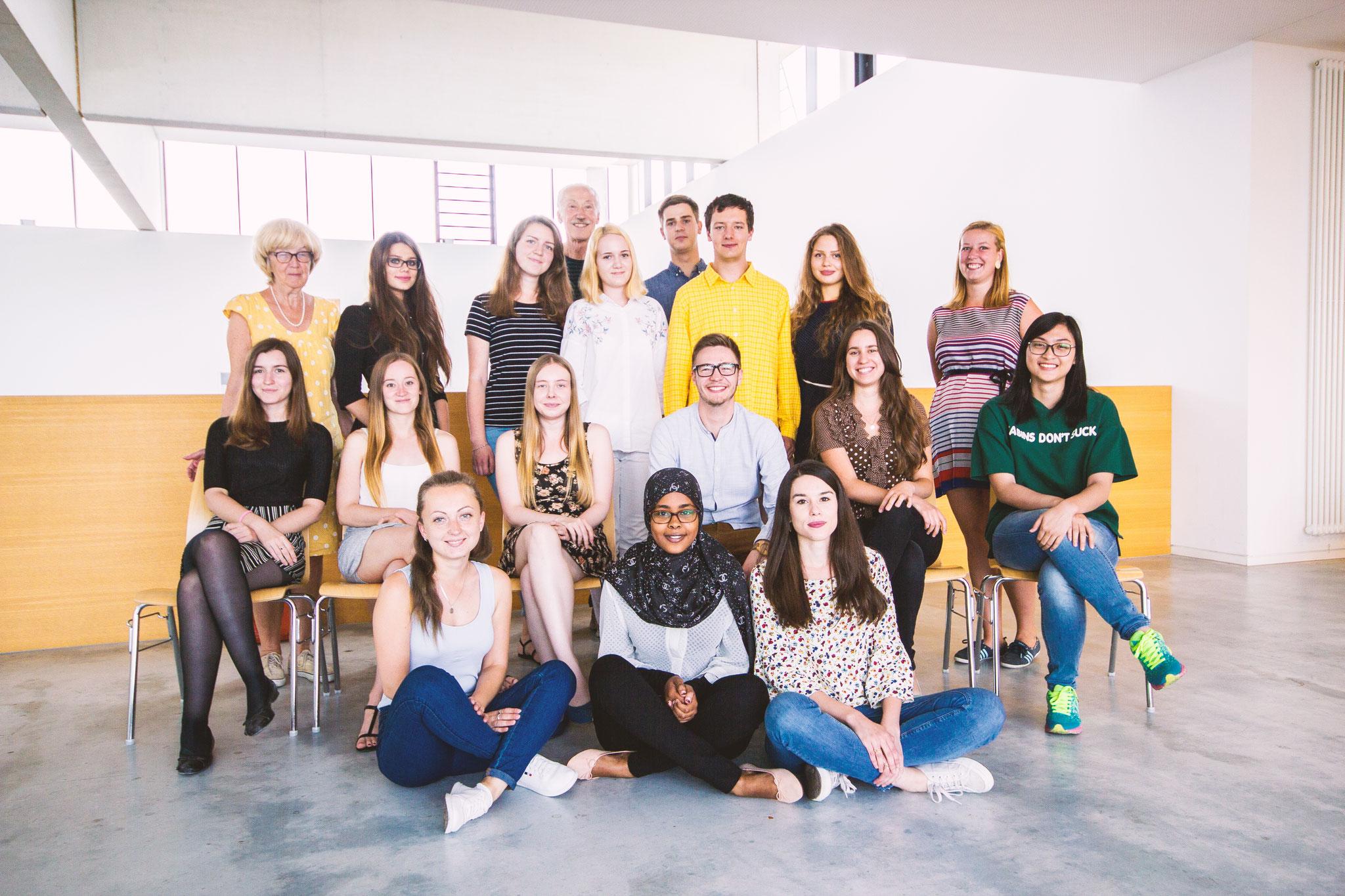 Deutsch lernen in Würzburg, Gruppenfoto Sprachkurs