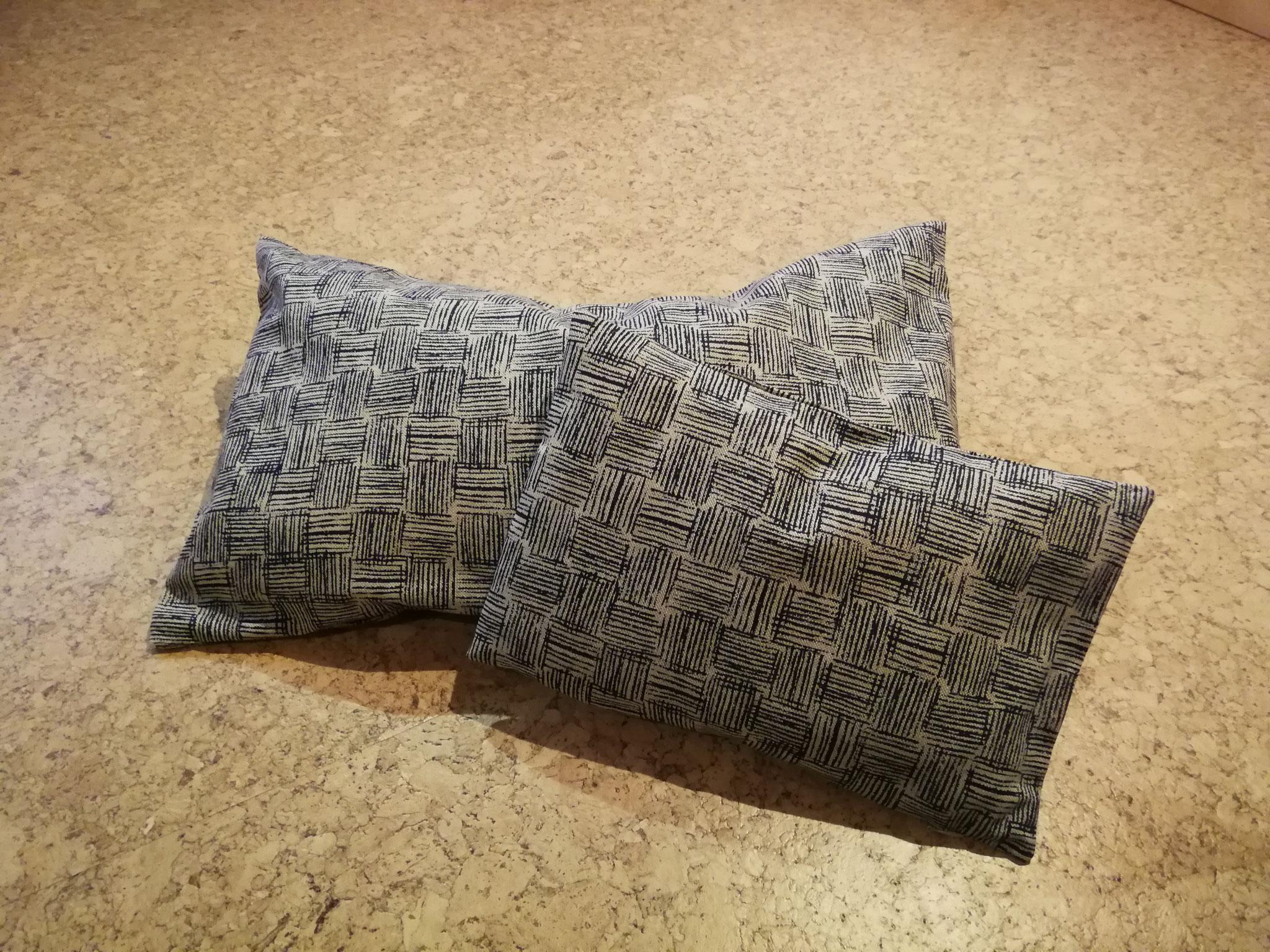 Kissen Blau gemustert 30*50 und 20*30 cm