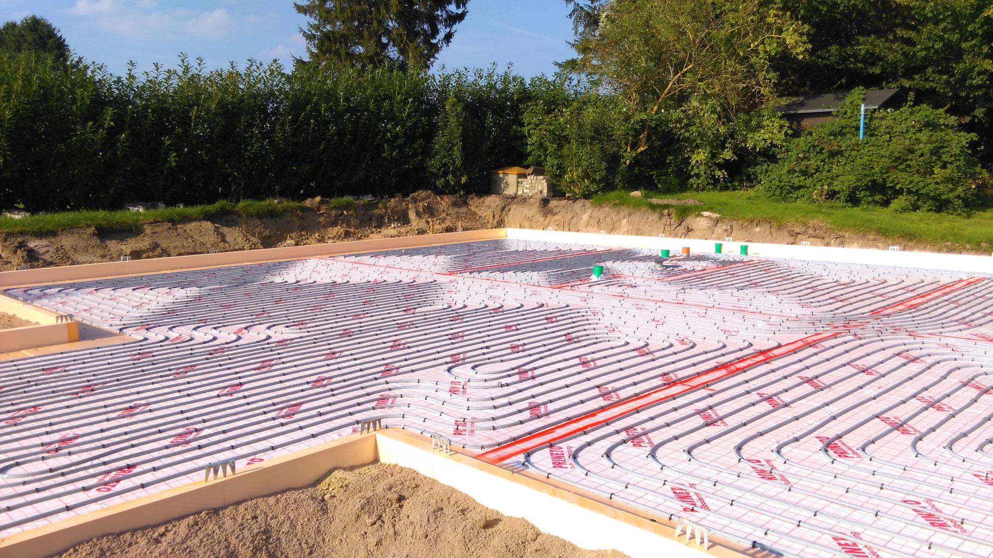 Bodenplatte mit Fussbodenheizung bei Schwedenhaus von Berg