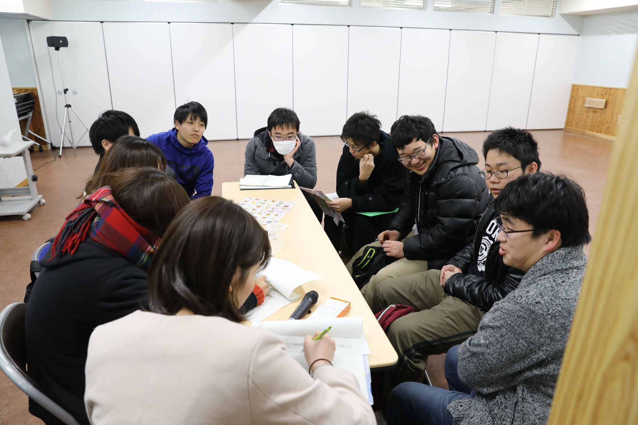 実習終了後のミーティングー 場所: 日南市創客創人センター(新)