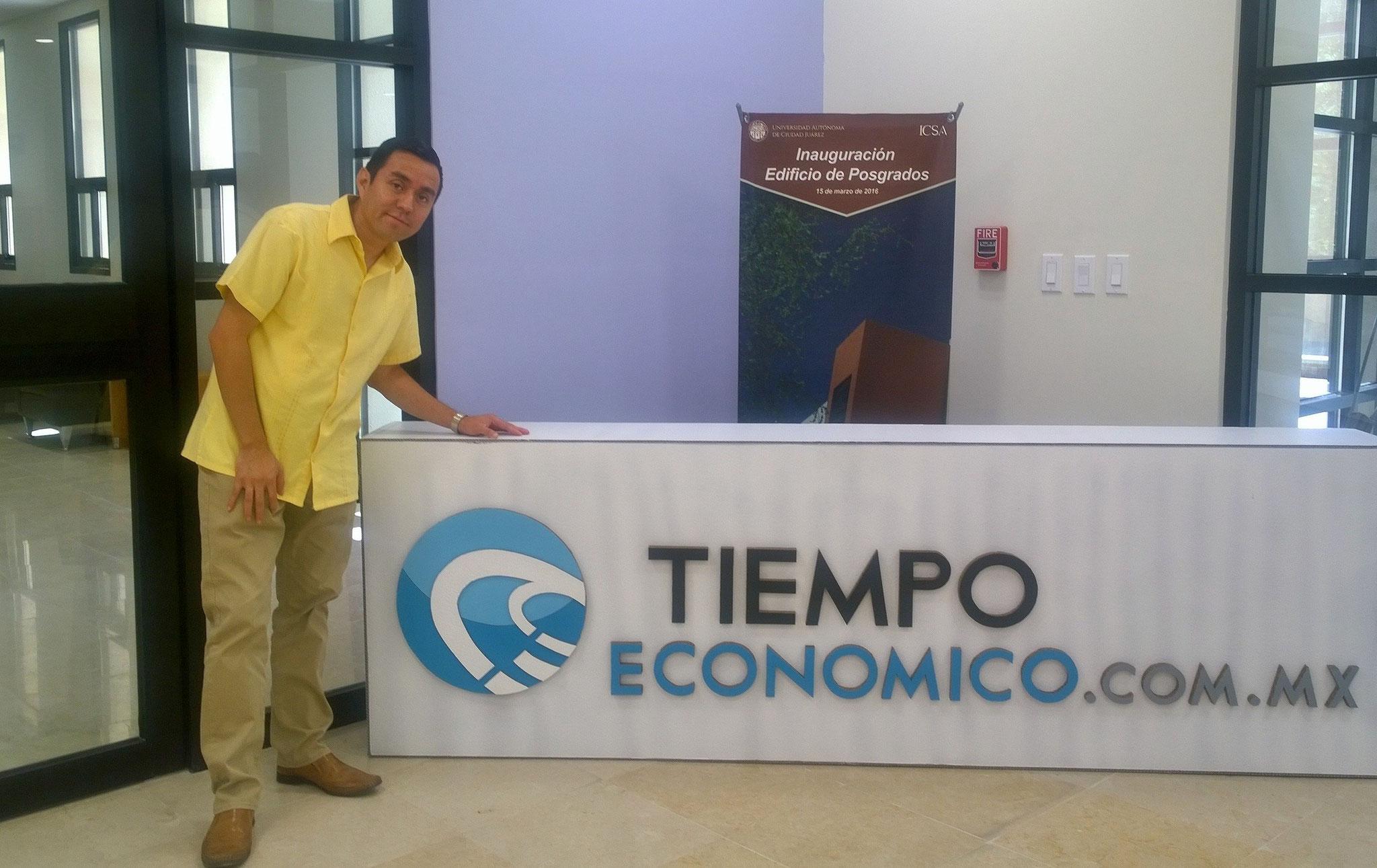 Promoción en la UACJ de Tiempo Económico, 2016.