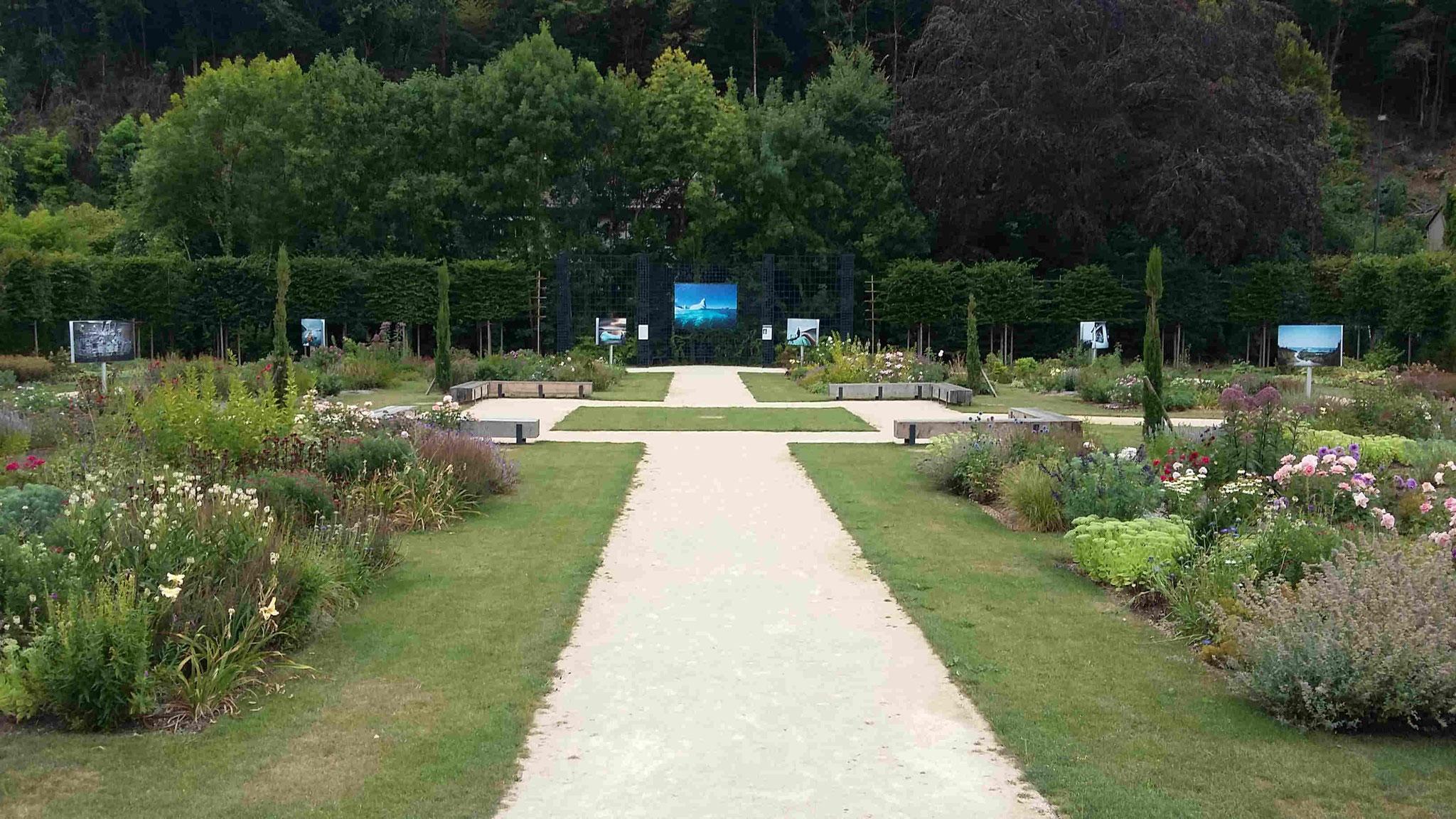 Jardin du cloître de Saint-Benoît