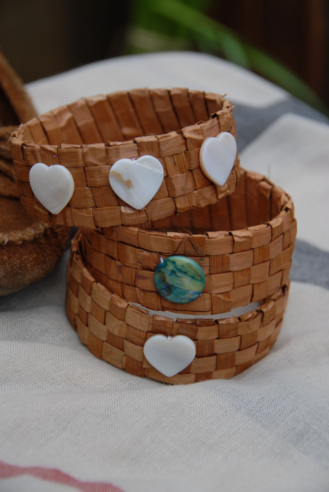 Big Cedar Bark bracelet kit
