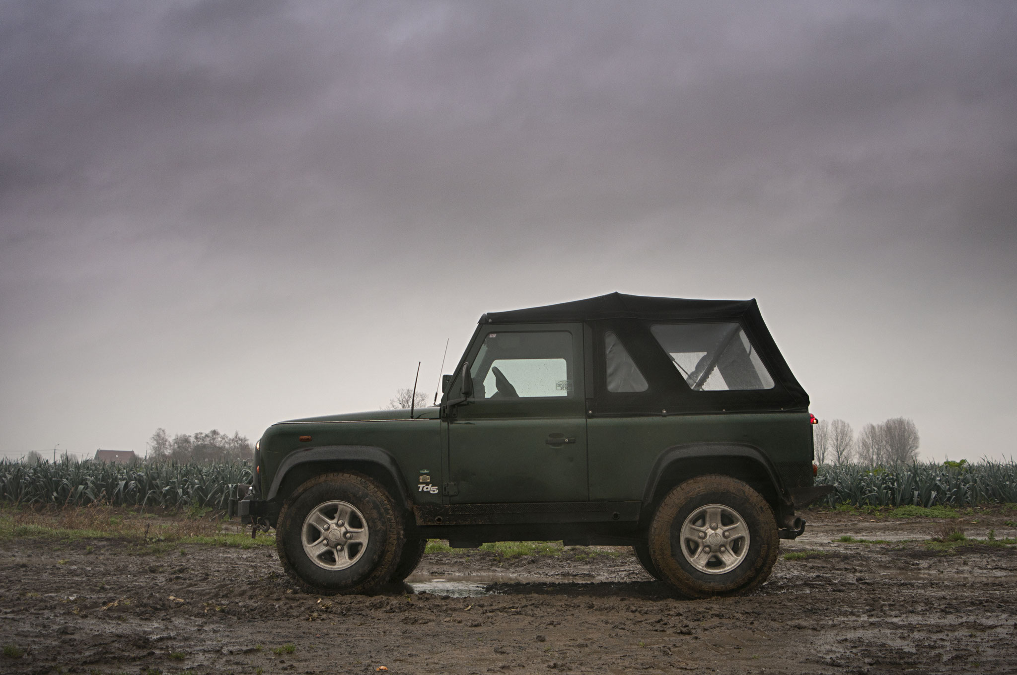 1046 - Land Rover - Defender - 4x4 - 2001