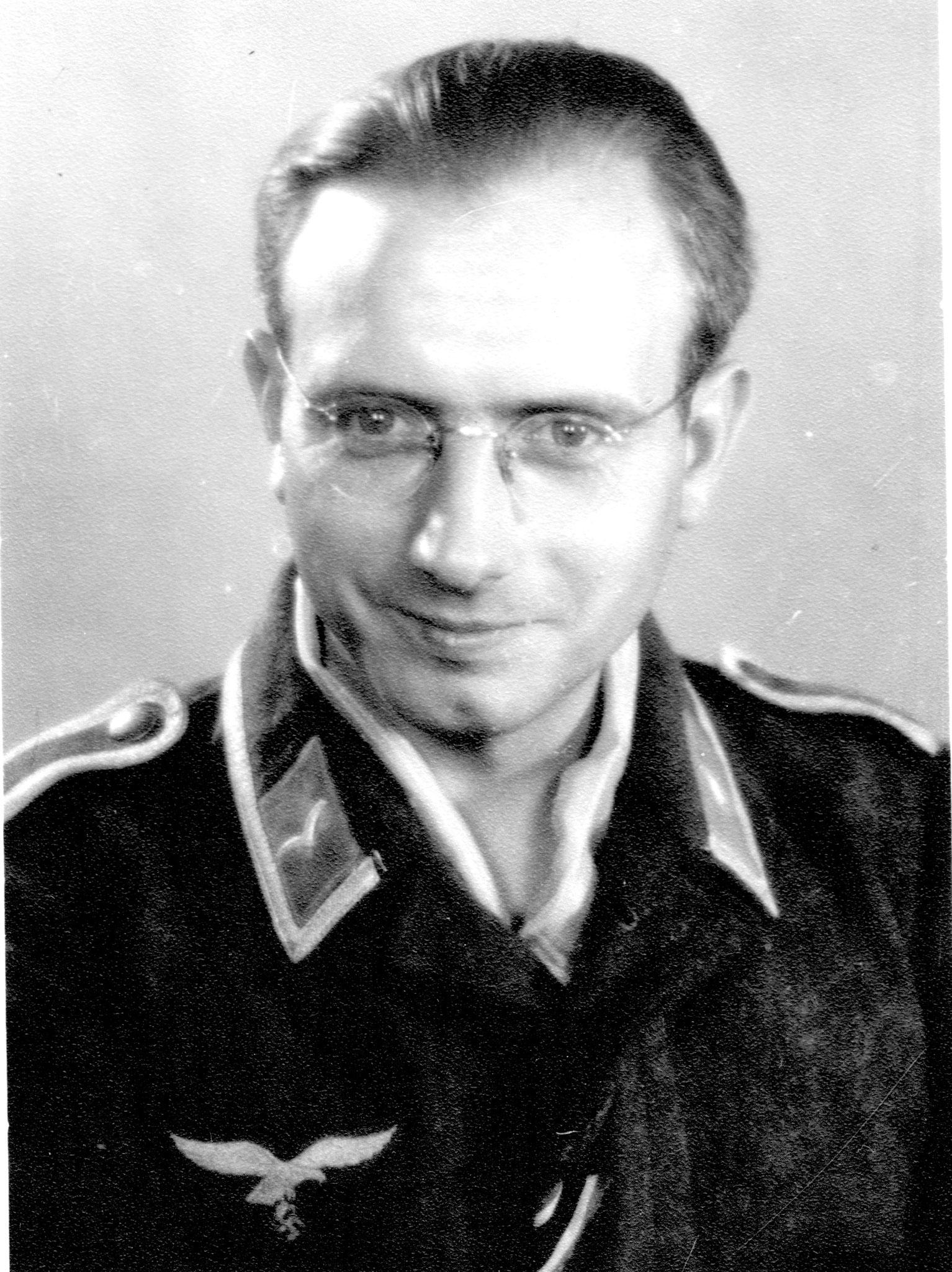 JH 1942