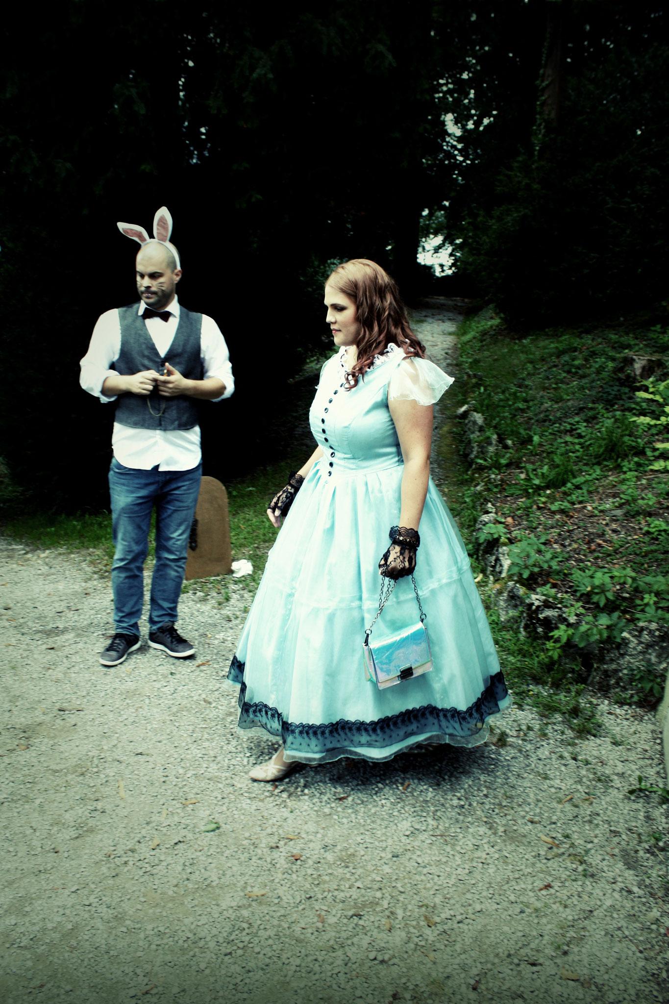Der weisse Hase (Tanztheatergruppe feelKUNST)