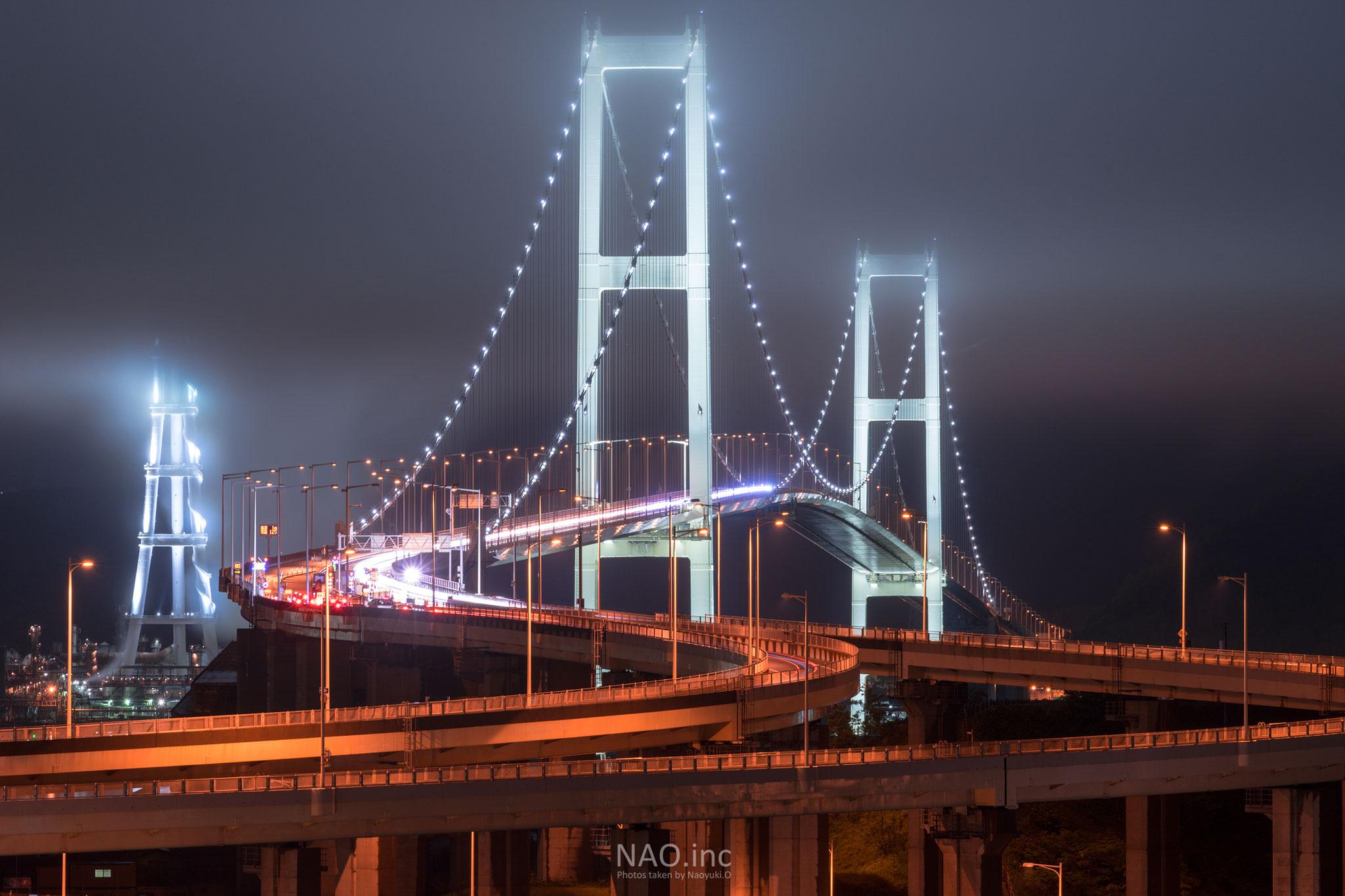 室蘭市白鳥大橋。白鳥大橋には霧が似合う「撮りフェスin室蘭」入選