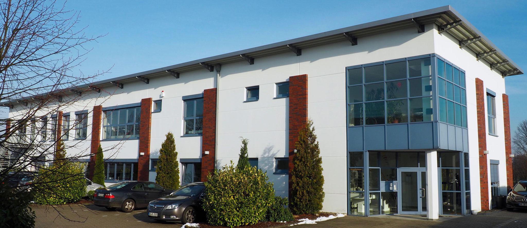 Ons testlaboratorium behoort tot de toonaangevende instituten in Duitsland op het gebied van kunststoffen en kunststofcomposieten.