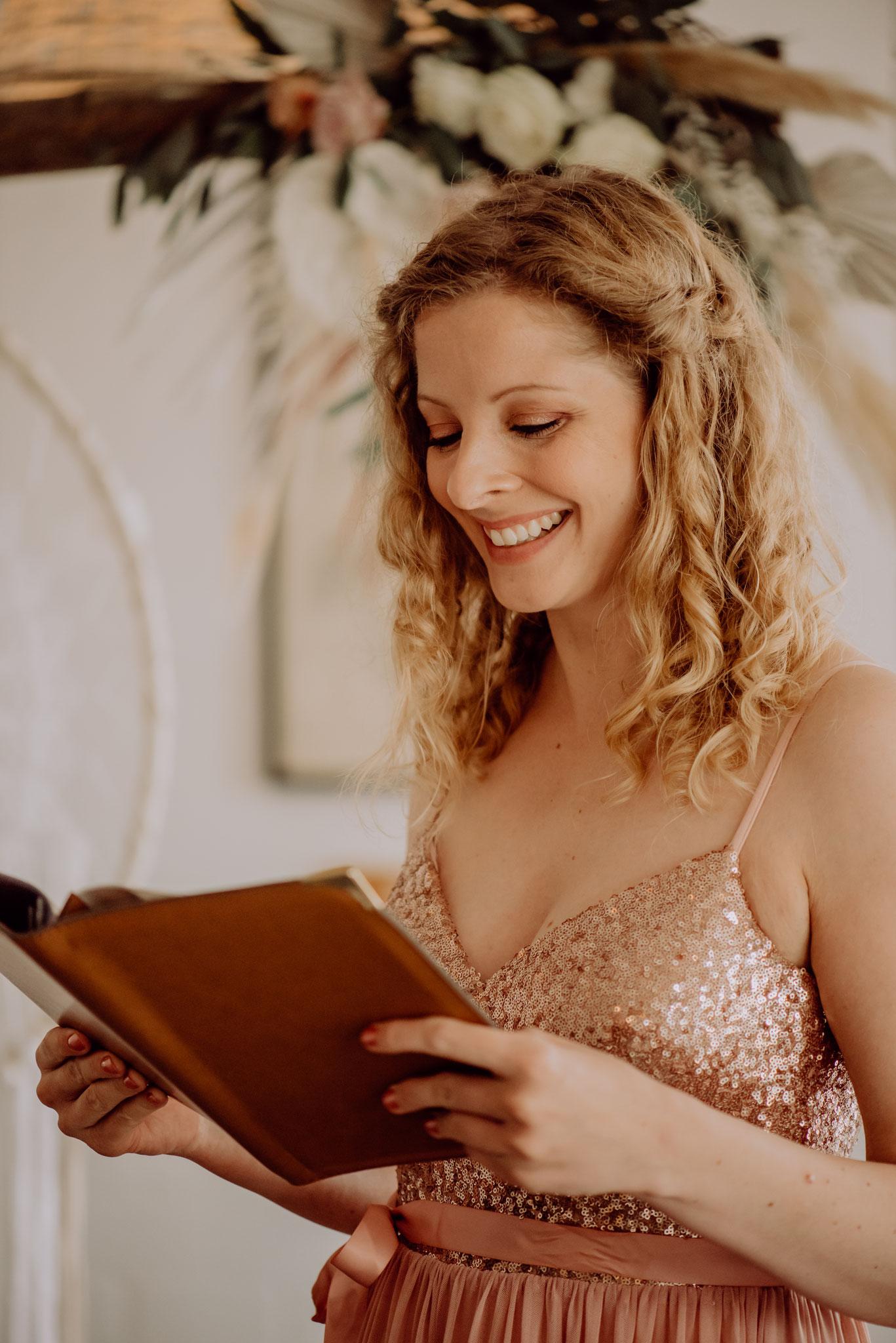 Das bin ich: Hochzeitsrednerin aus Leidenschaft (Foto: Landei Fotografie)