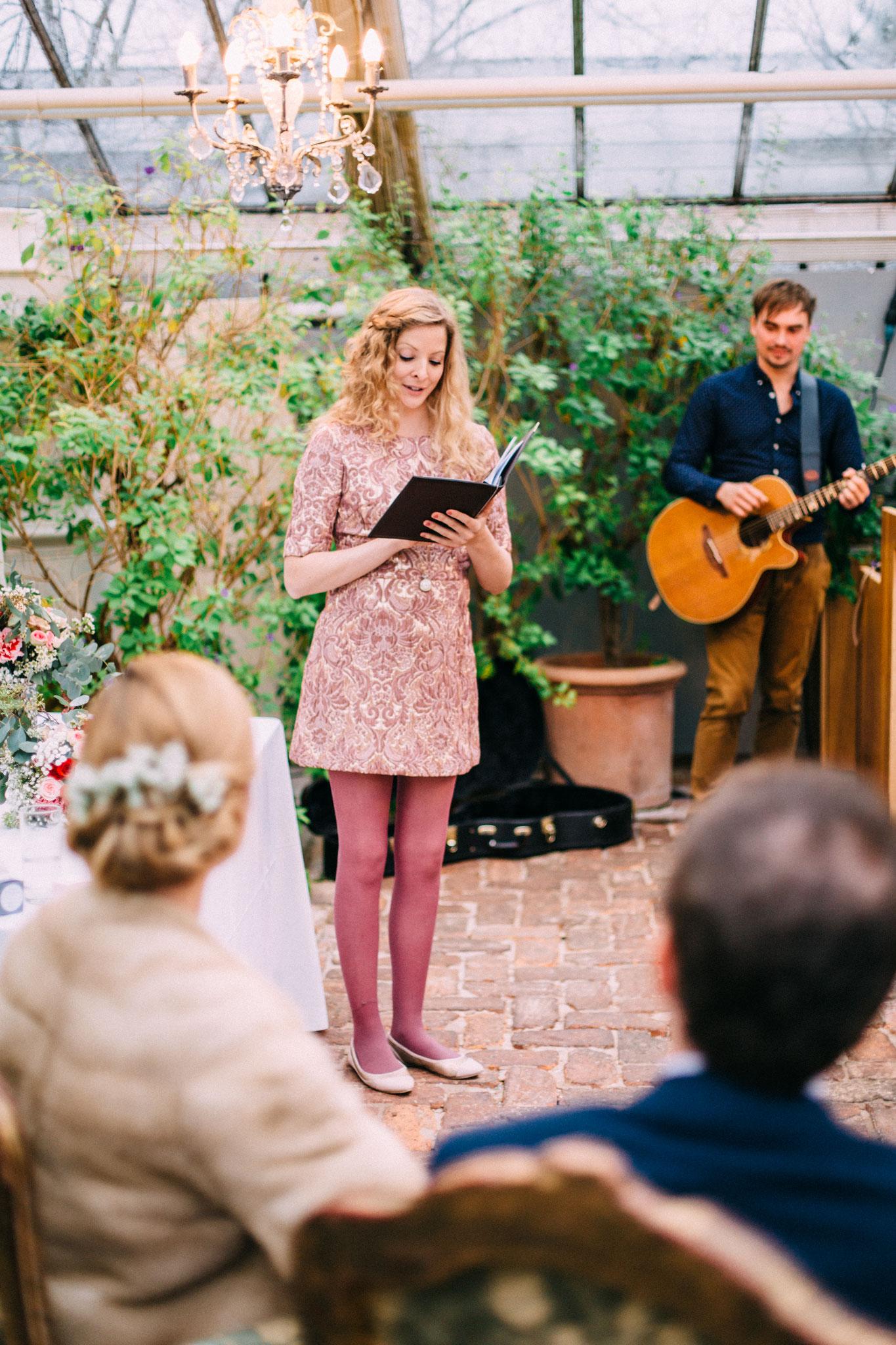 Die musikalische Begleitung sorgt für emotionale Höhepunkte während einer Trauung (by Pabe Fotografie)