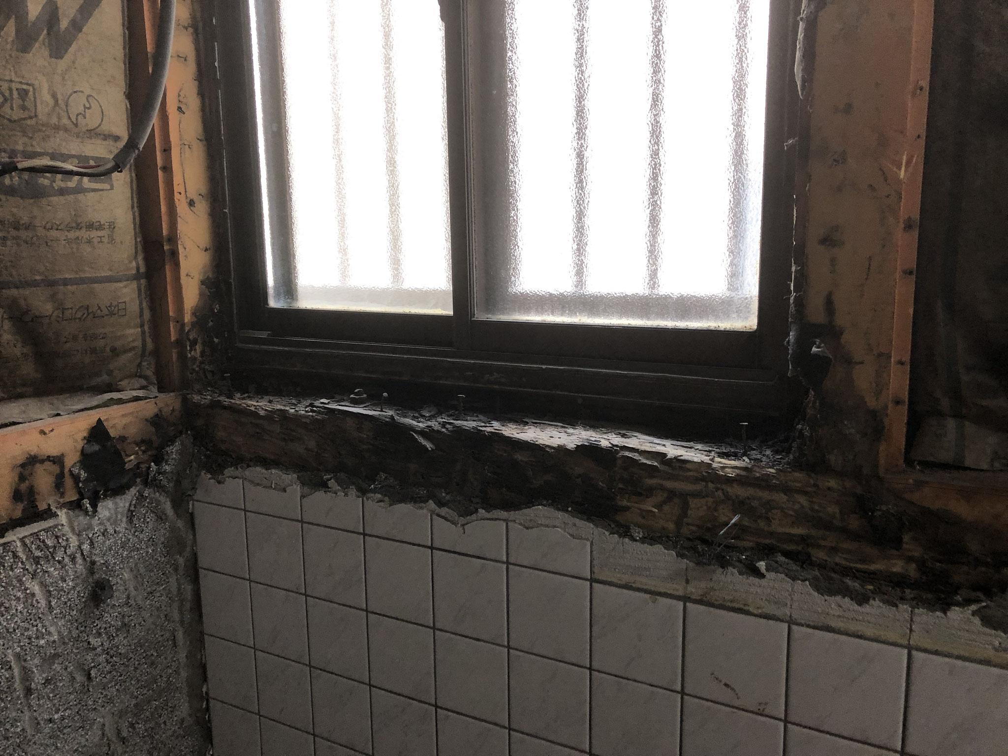 解体後 窓まわり