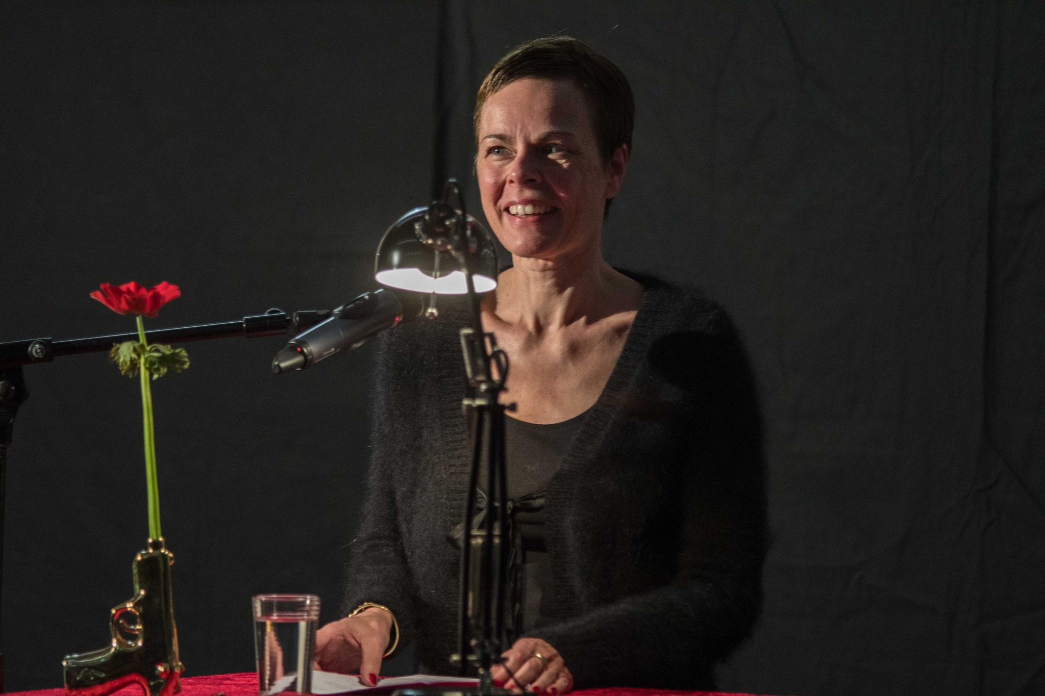 Iris Leister