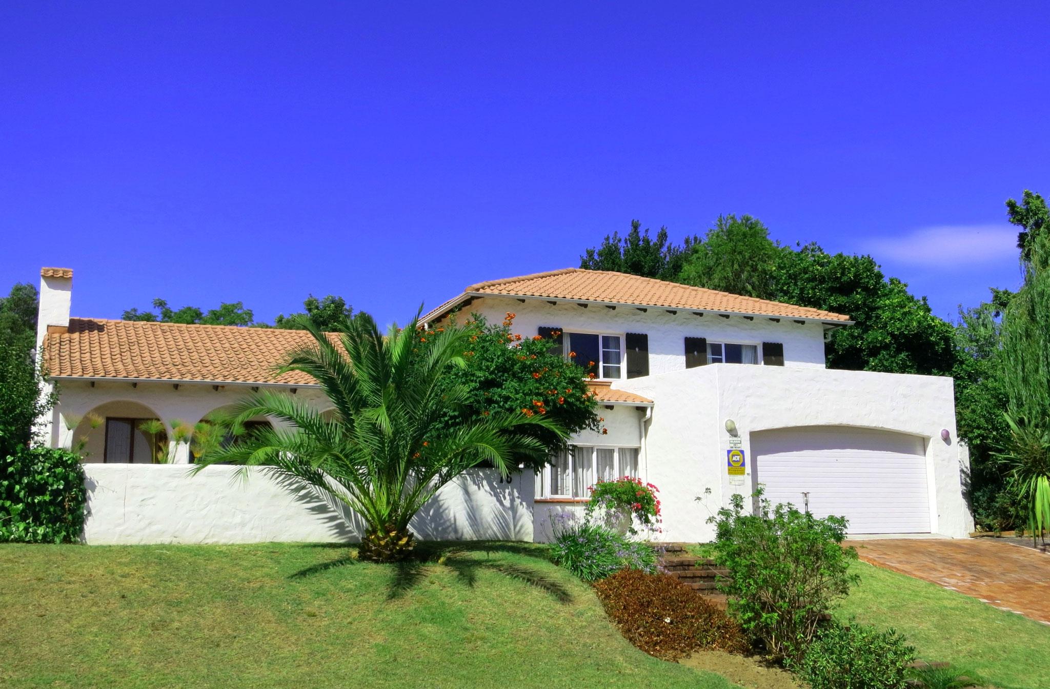 Villa Agulhas Stellenbosch - Straßenansicht