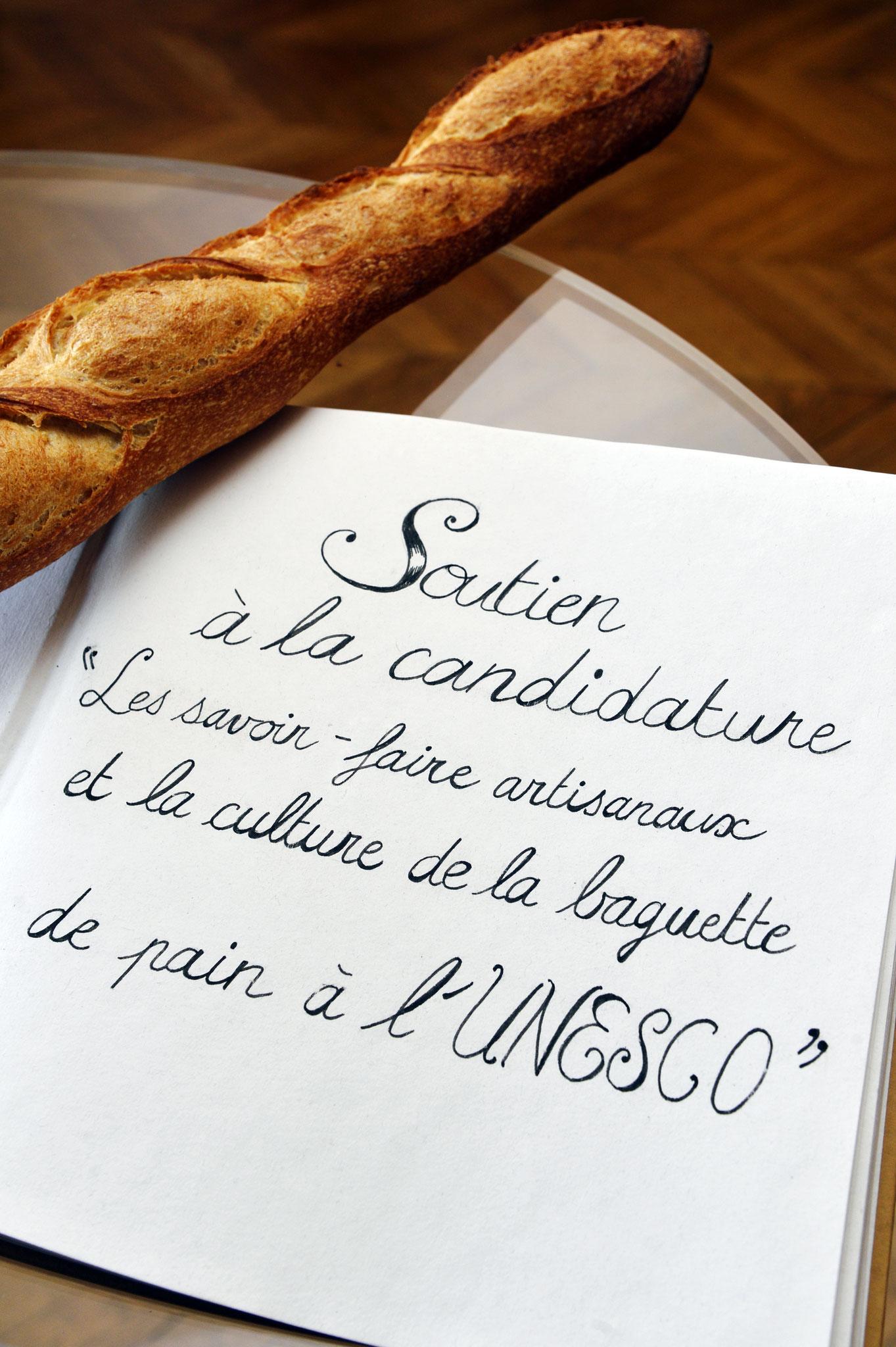 La baguette de tradition française, candidate au patrimoine immatériel de l'UNESCO