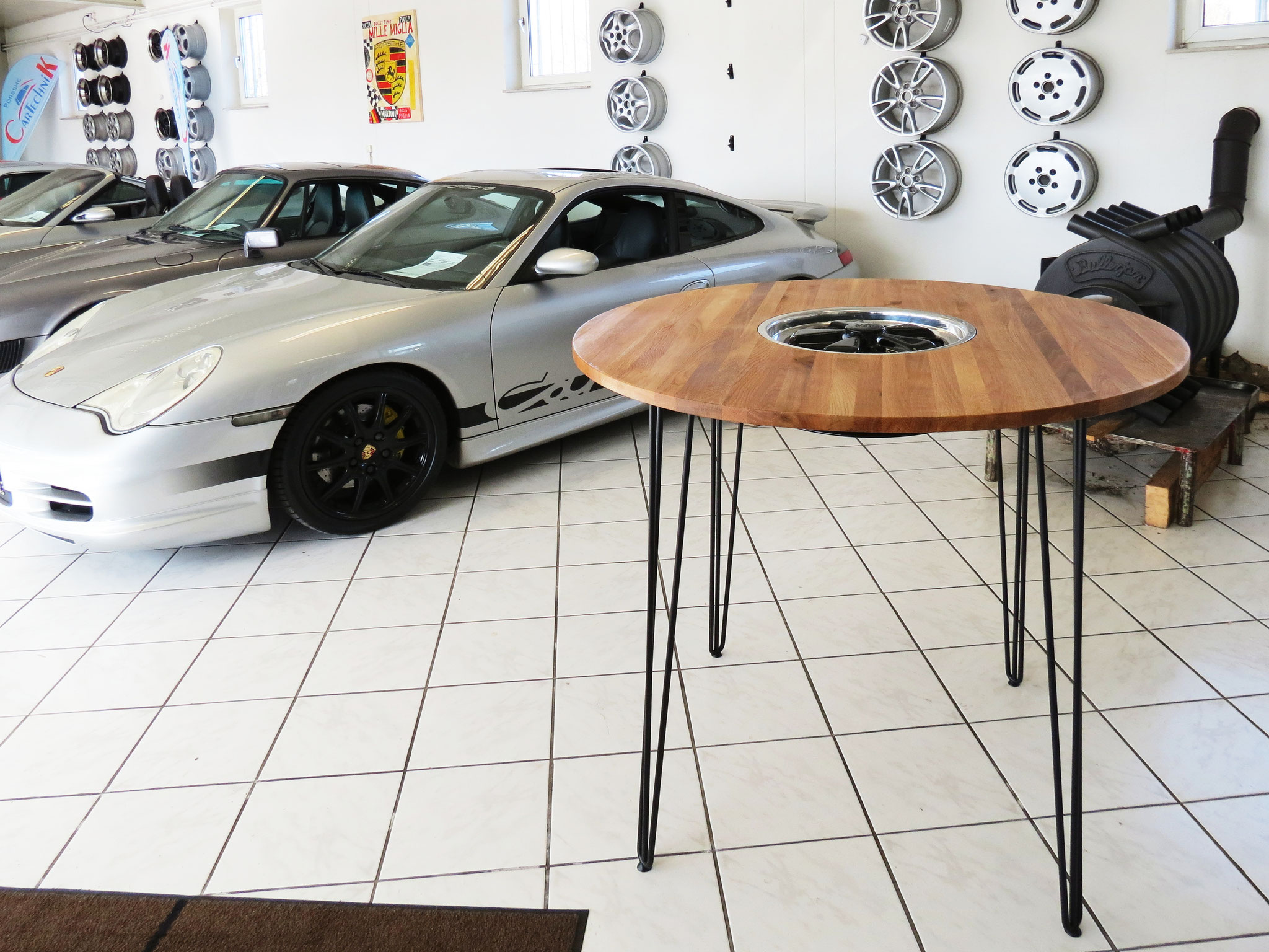 Stehtisch Porsche Fuchs Felge