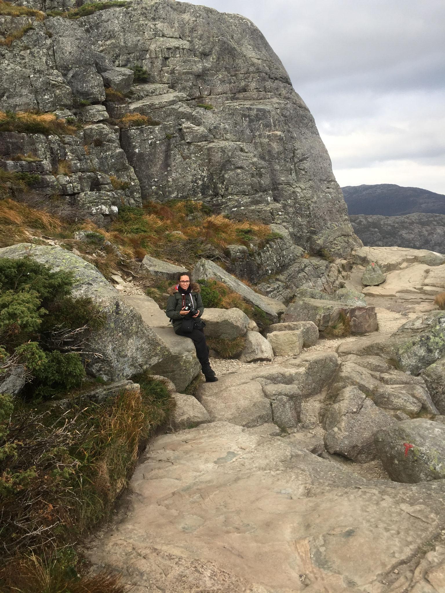 Preikestolen_Wanderung_Norwegen_Reisebericht_Roadtrip_Die Roadies_Hund 2