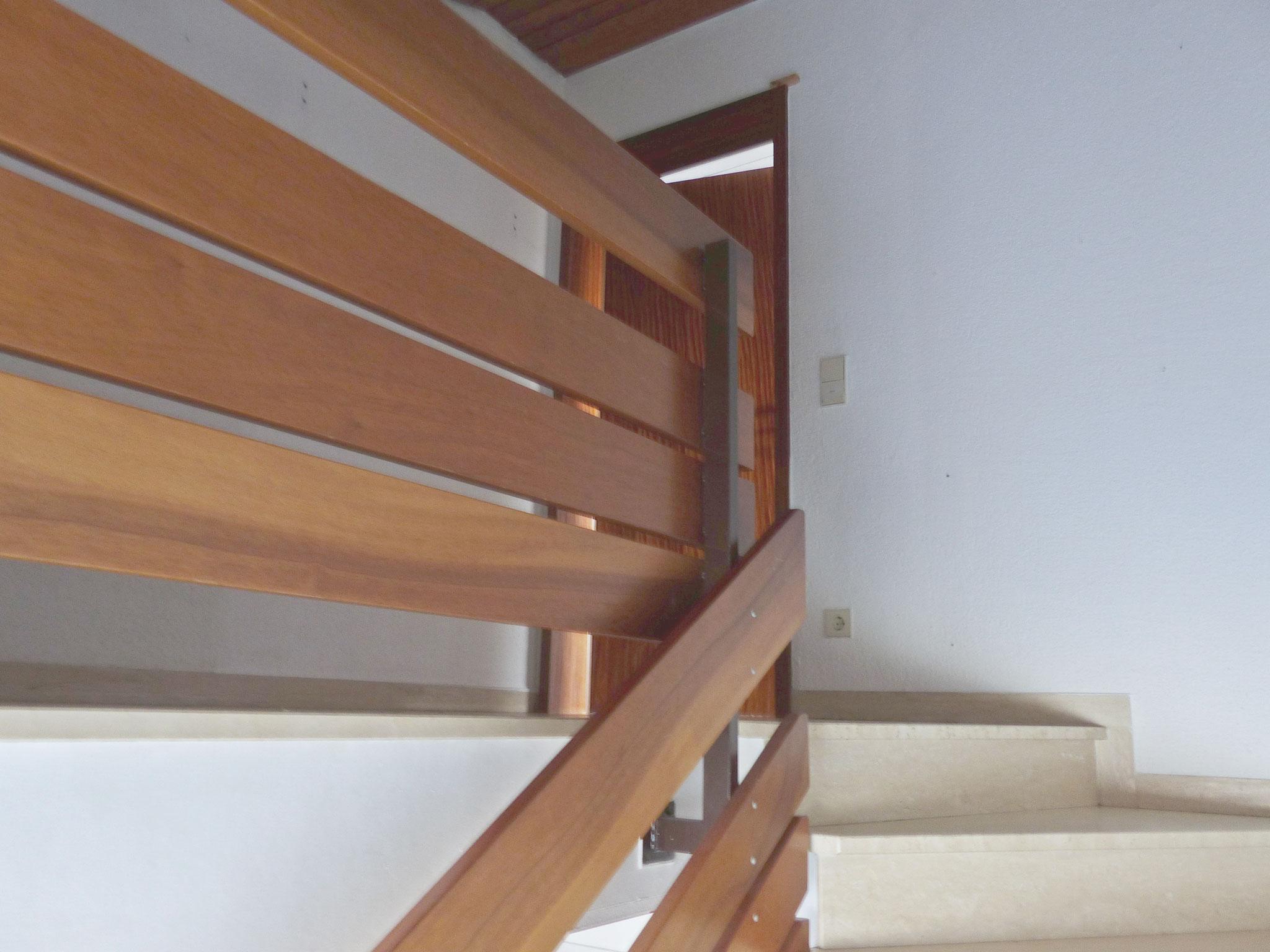 Treppenhaus zur DG-Wohnung