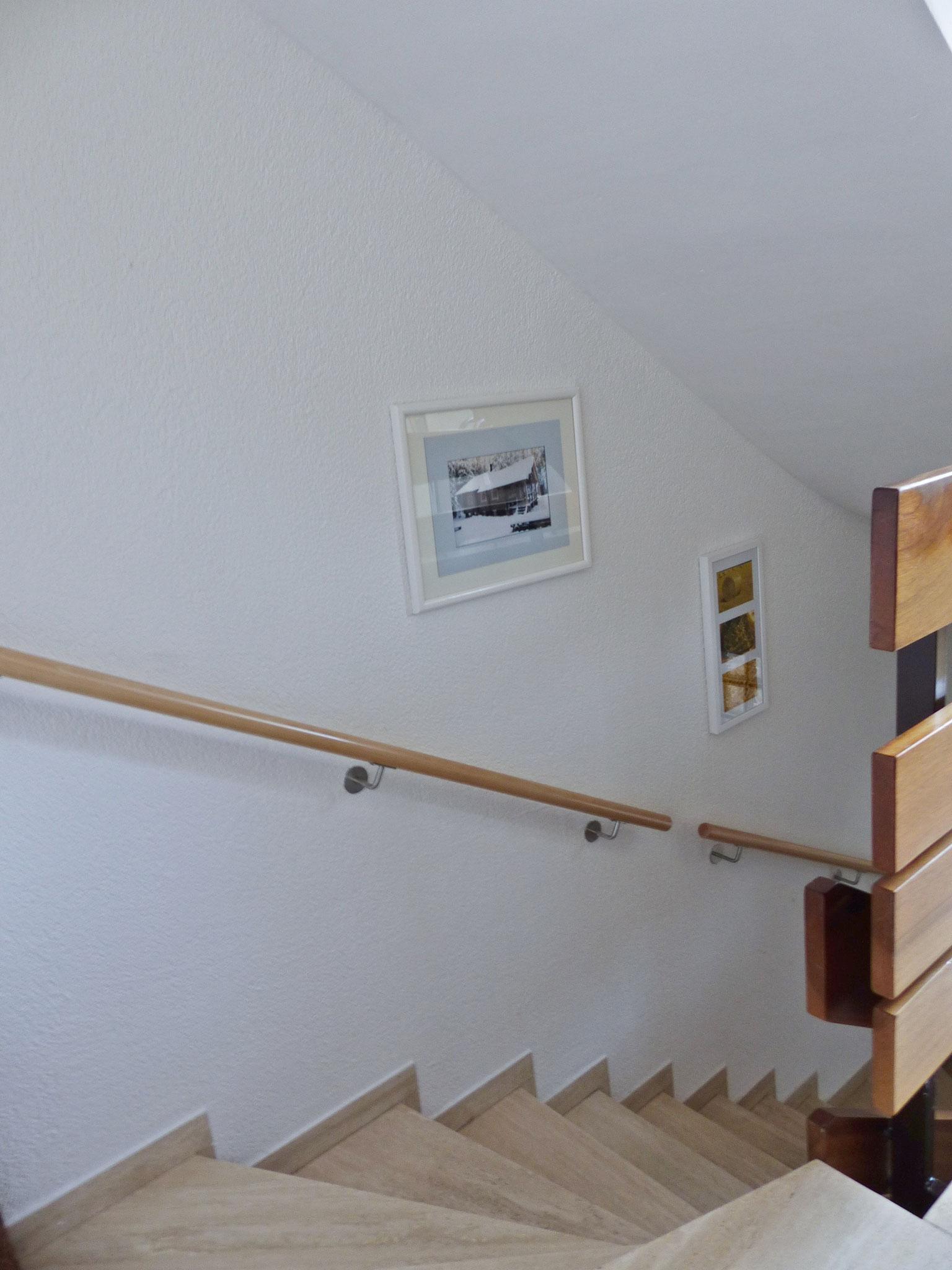 Treppen zum Untergeschoss