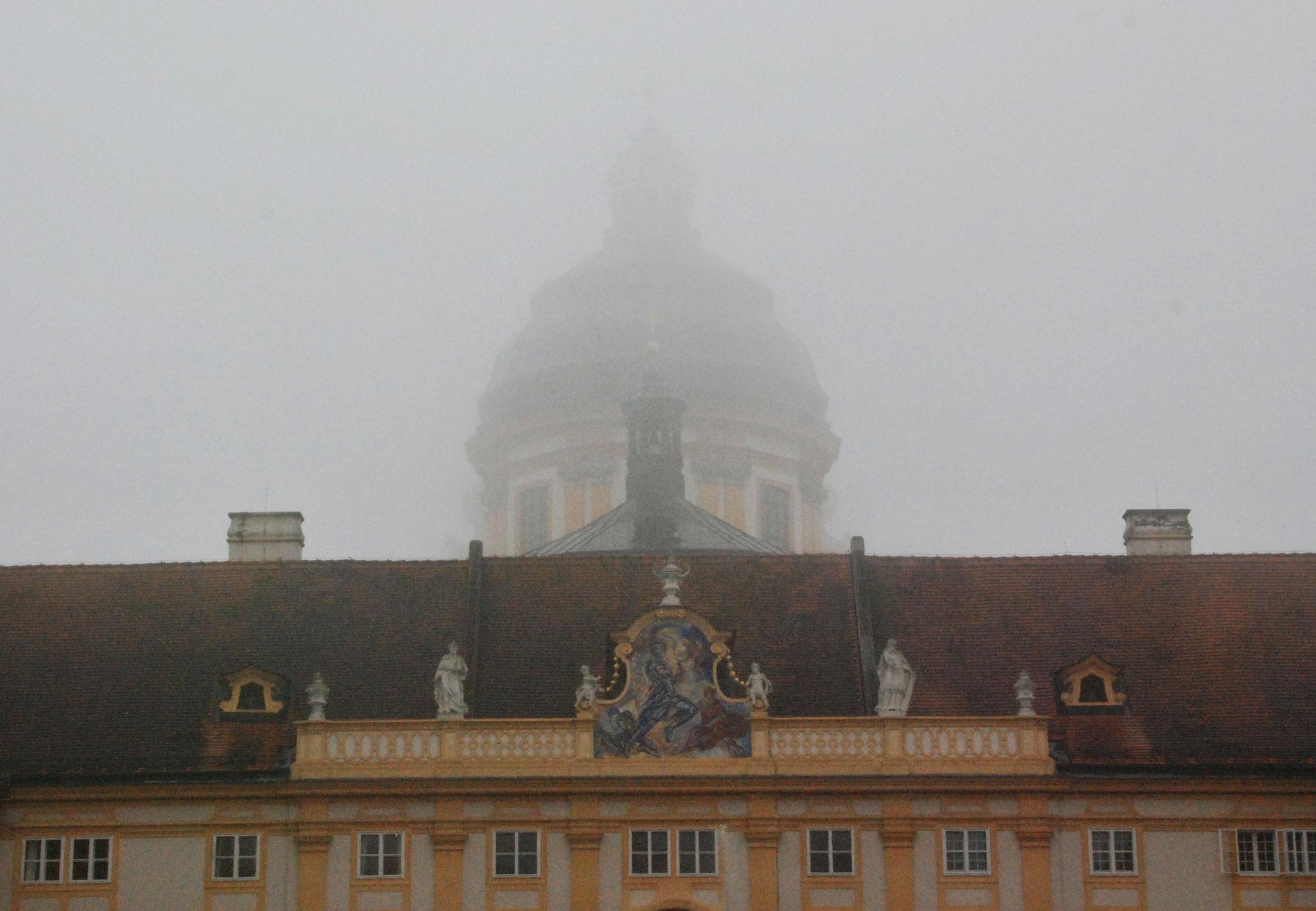 Empfang im Nebel