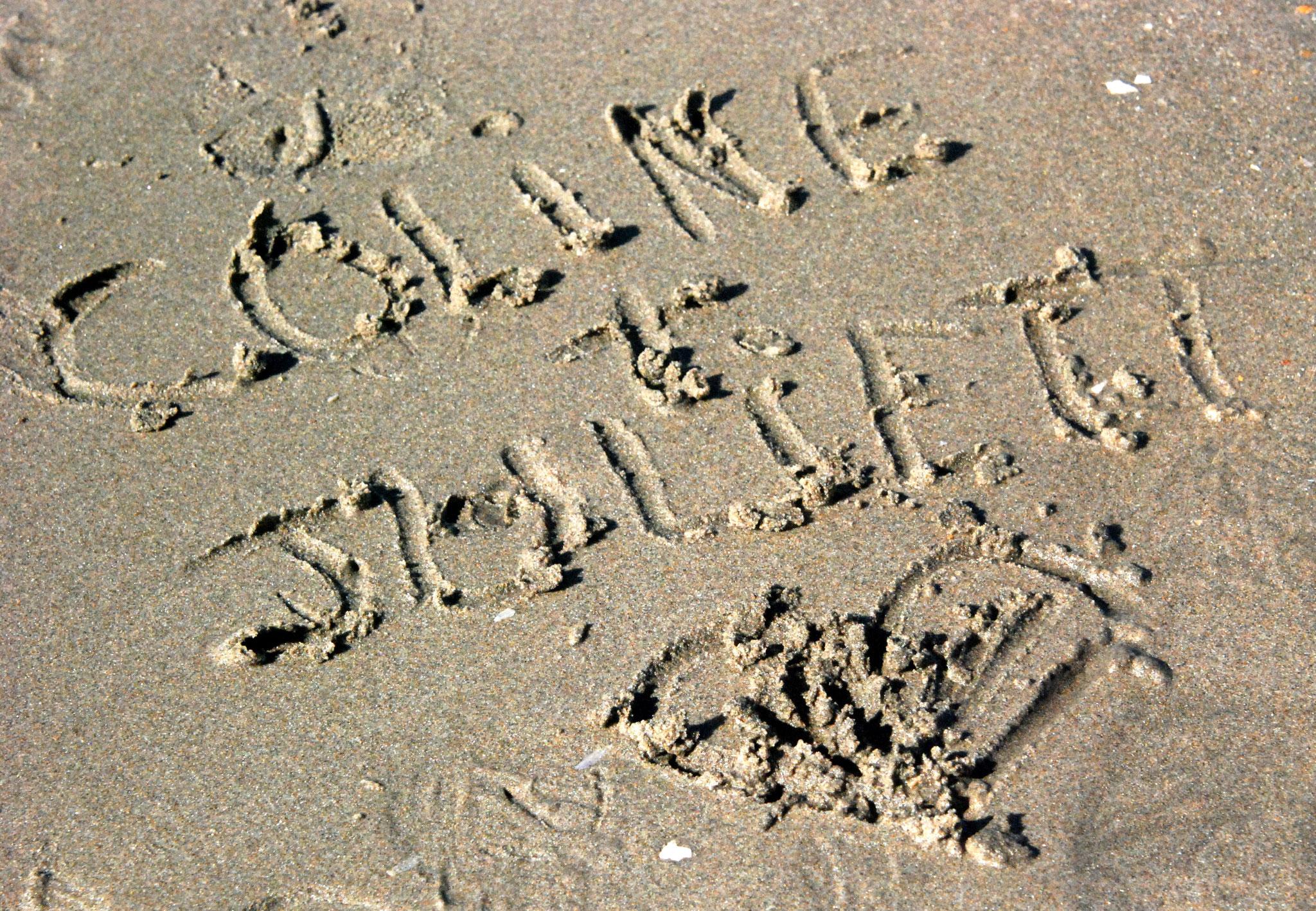 Bild 24 - Liebe auf Sand gebaut