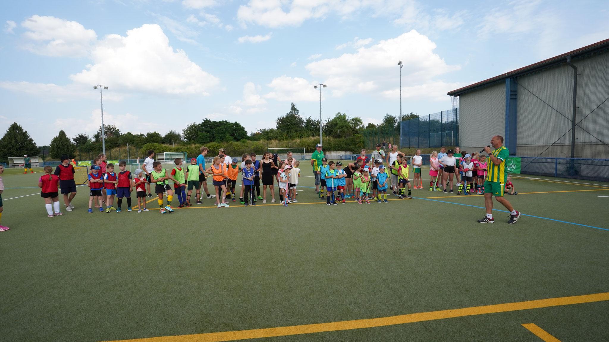 Eröffnung des Minihockey-Turniers