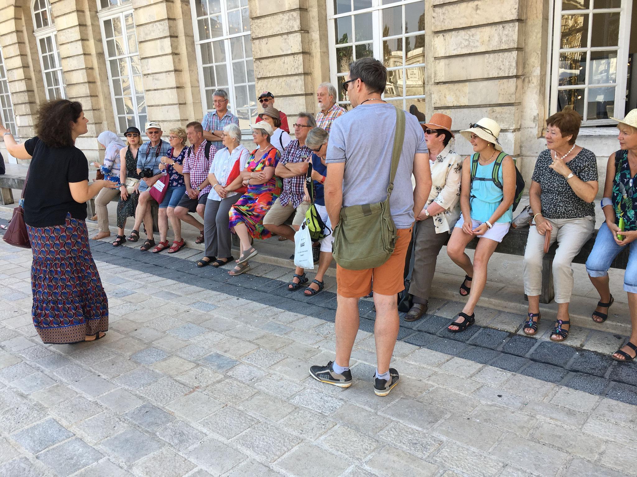 """Erste Erläuterungen über die Geschichte der Stadt Nancy und des """"Place Stanislas"""""""