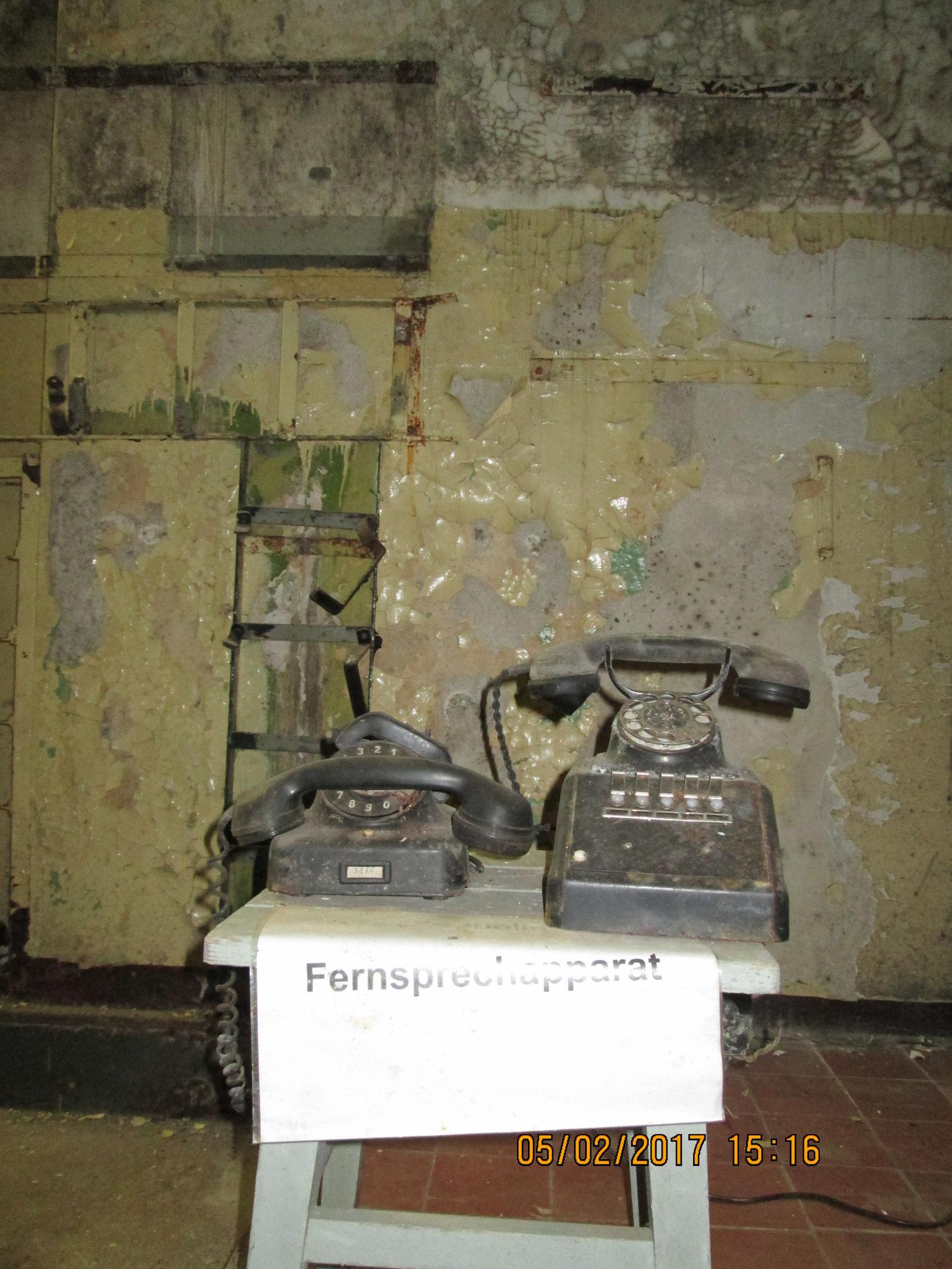 Telefone aus dem 2. Weltkrieg (Wehrmacht)