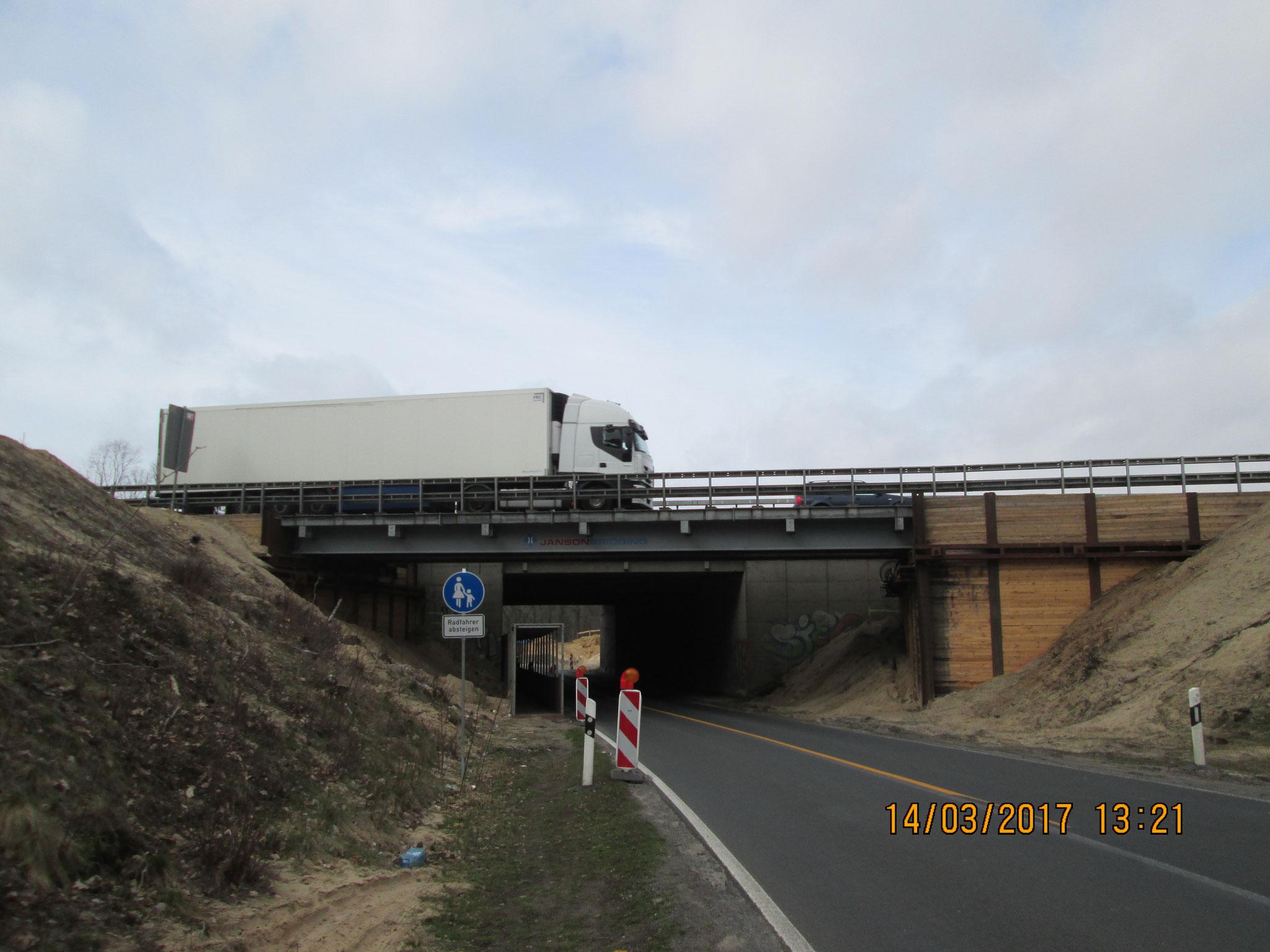 Autobahnunterführung vor Ferch