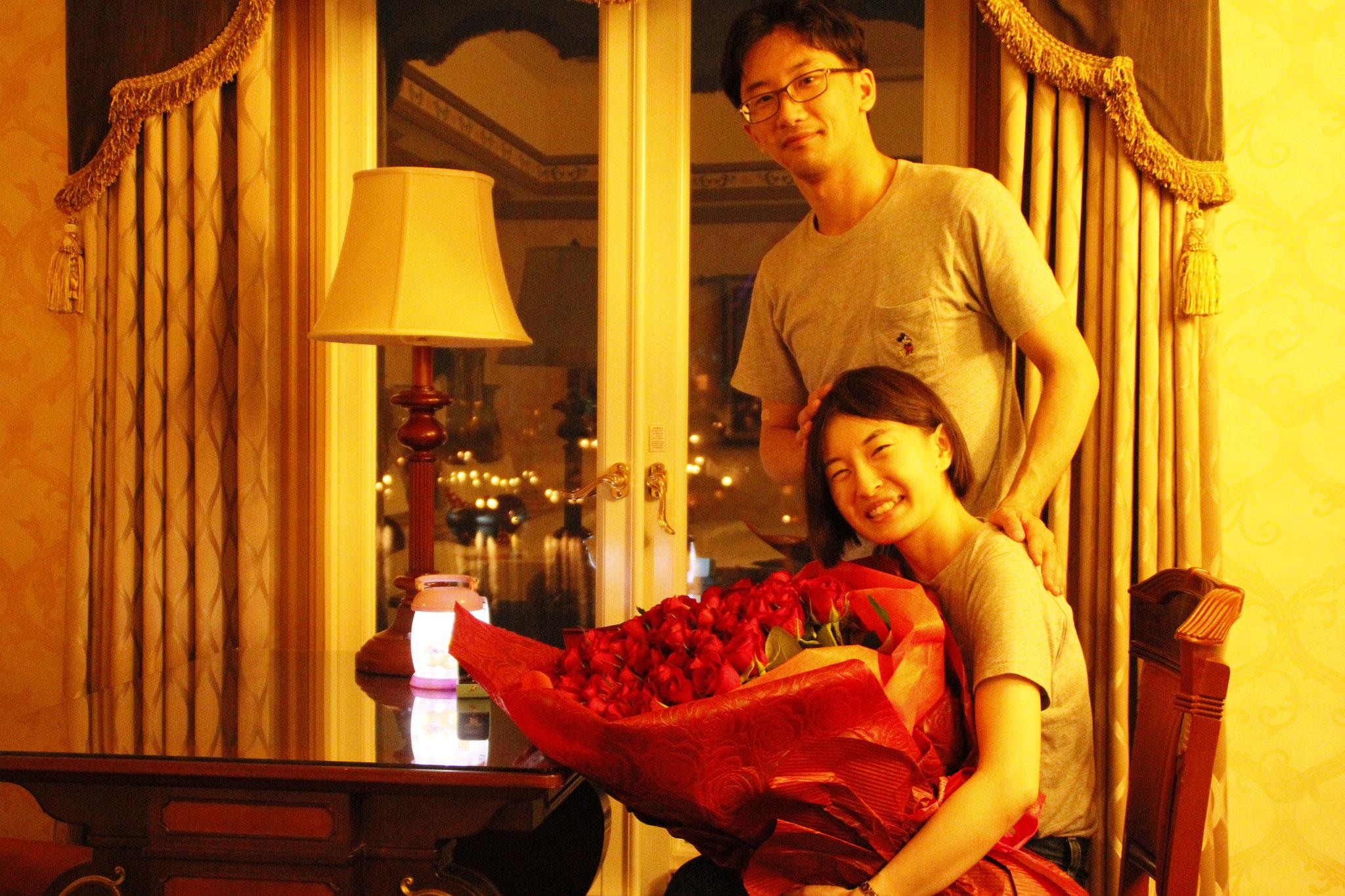 ディズニー プロポーズ 108本の薔薇 花束 オーダーフラワー  シュシュ 花屋 舞浜 浦安