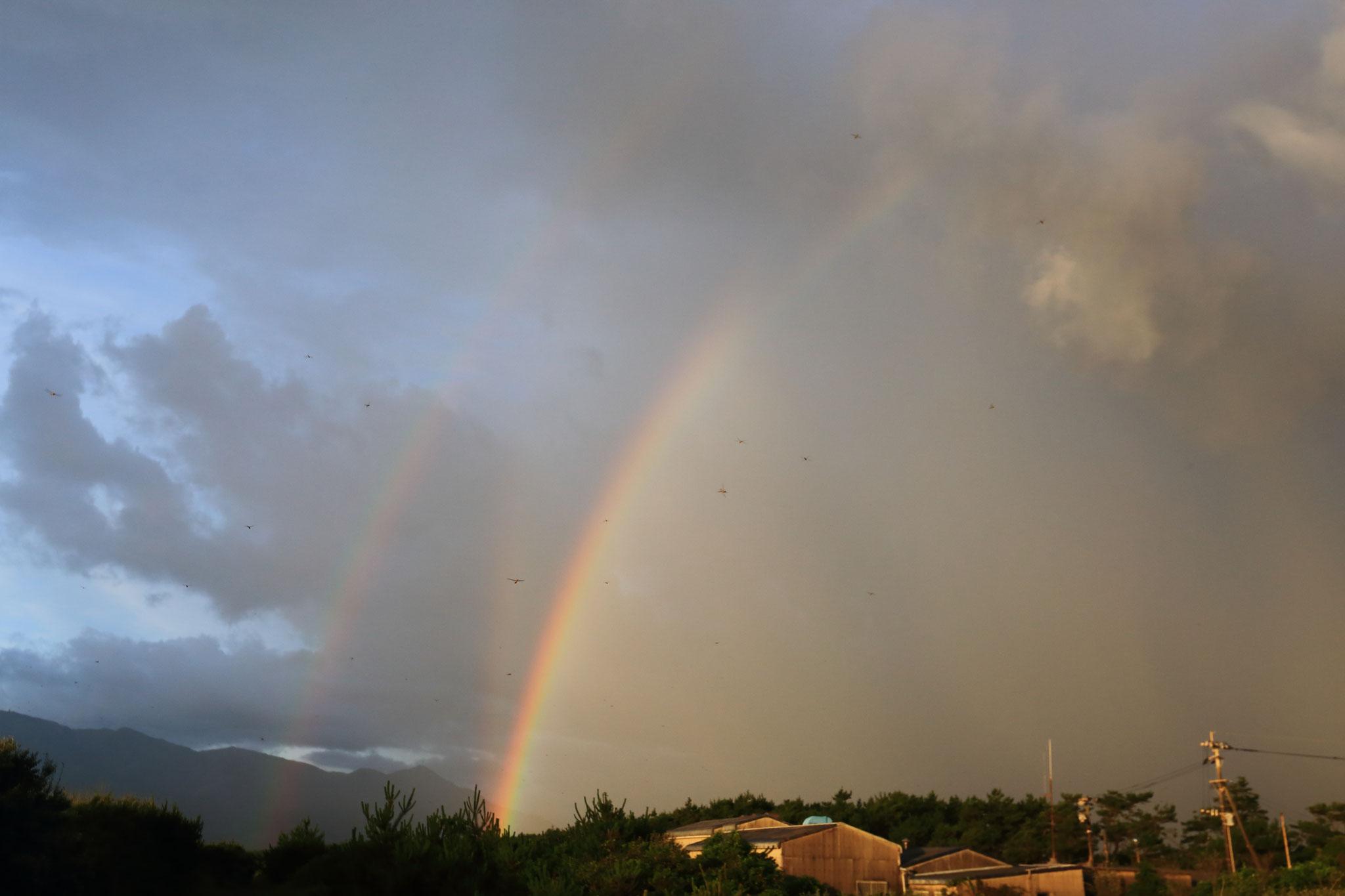 虹と虹の間に虹__(6/27東串良町 )