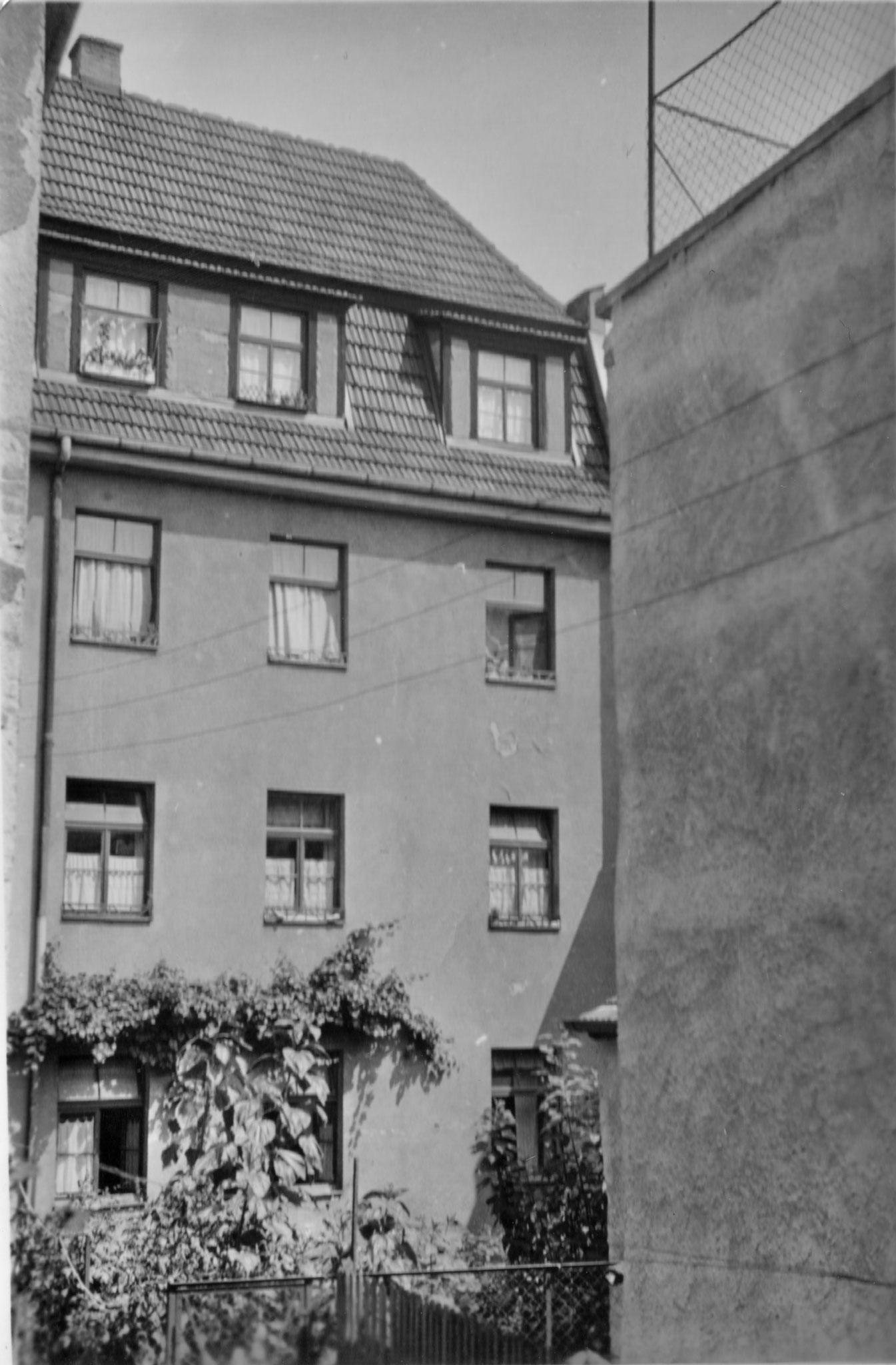 Hinterhof Wolfsgasse 14, 1931