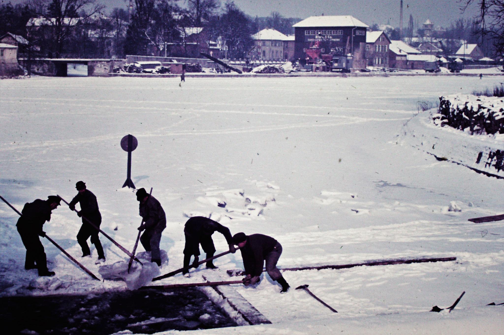 Februar 1955 Eisbrecher