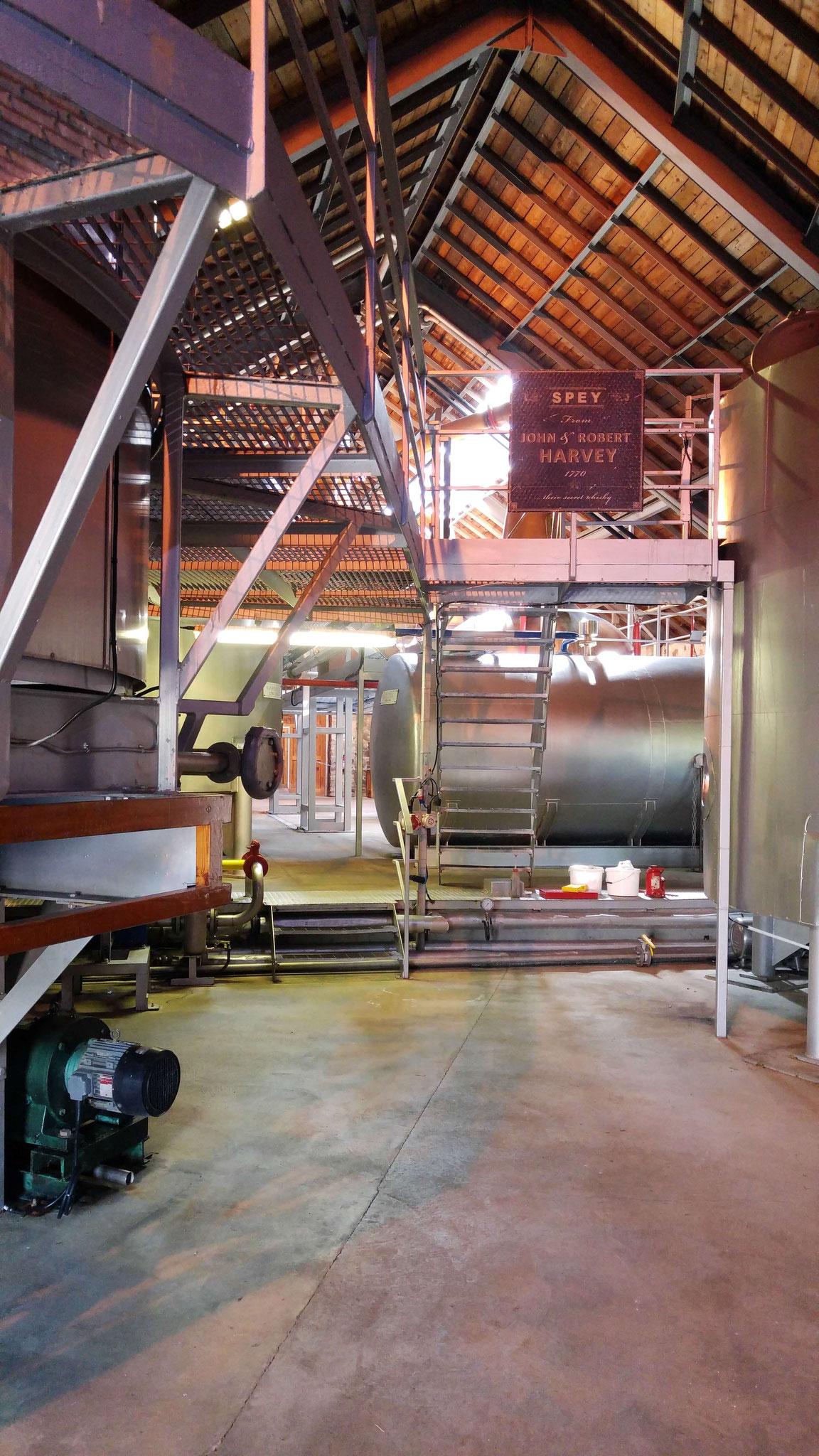 Ein erster Blick auf die Destillationsanlagen.