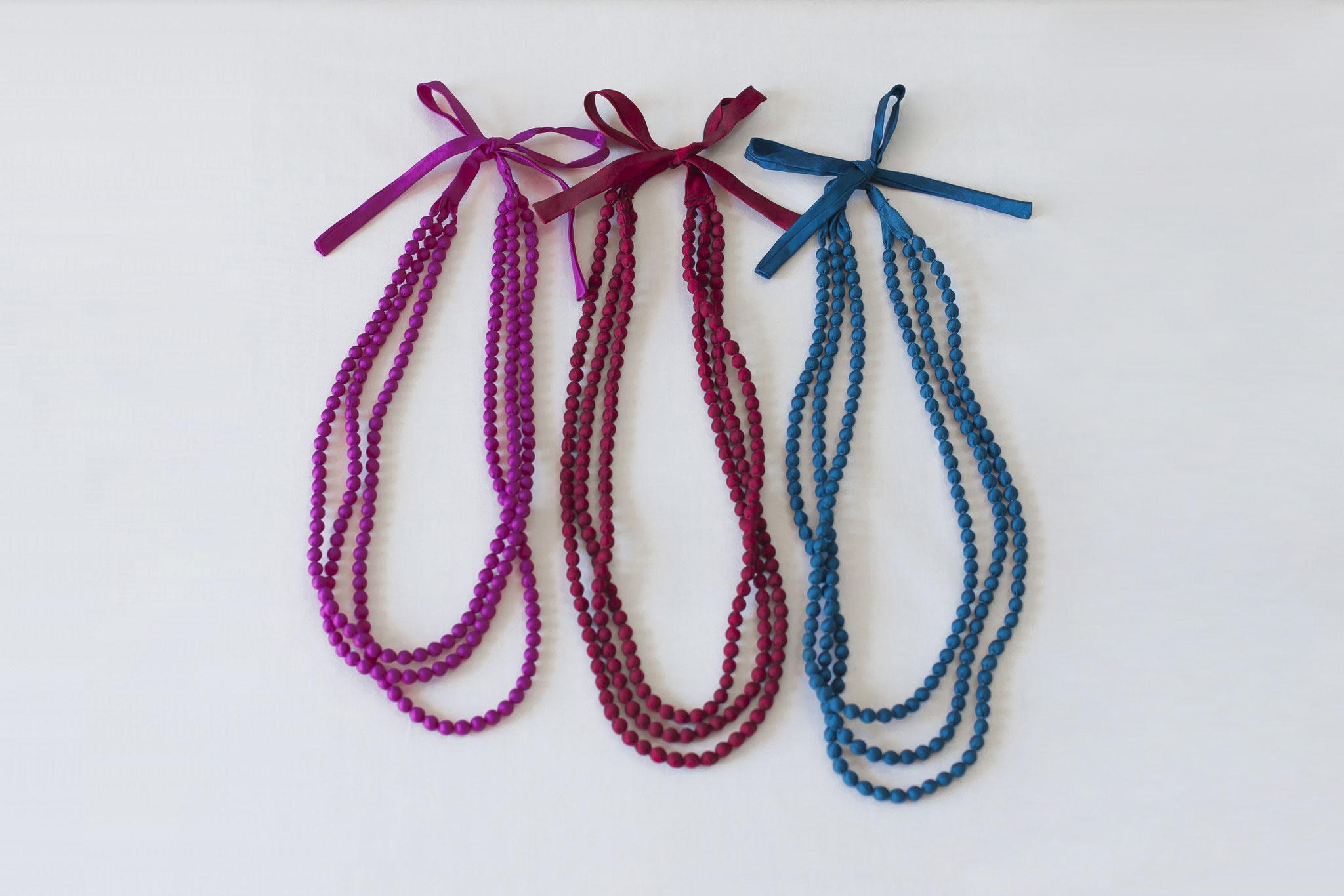 カンボジア雑貨 -シルクのネックレス