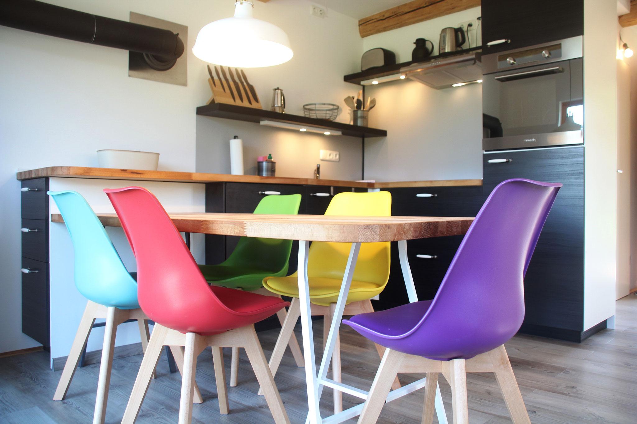 Essbereich und Küche ©KnallerbsenHof