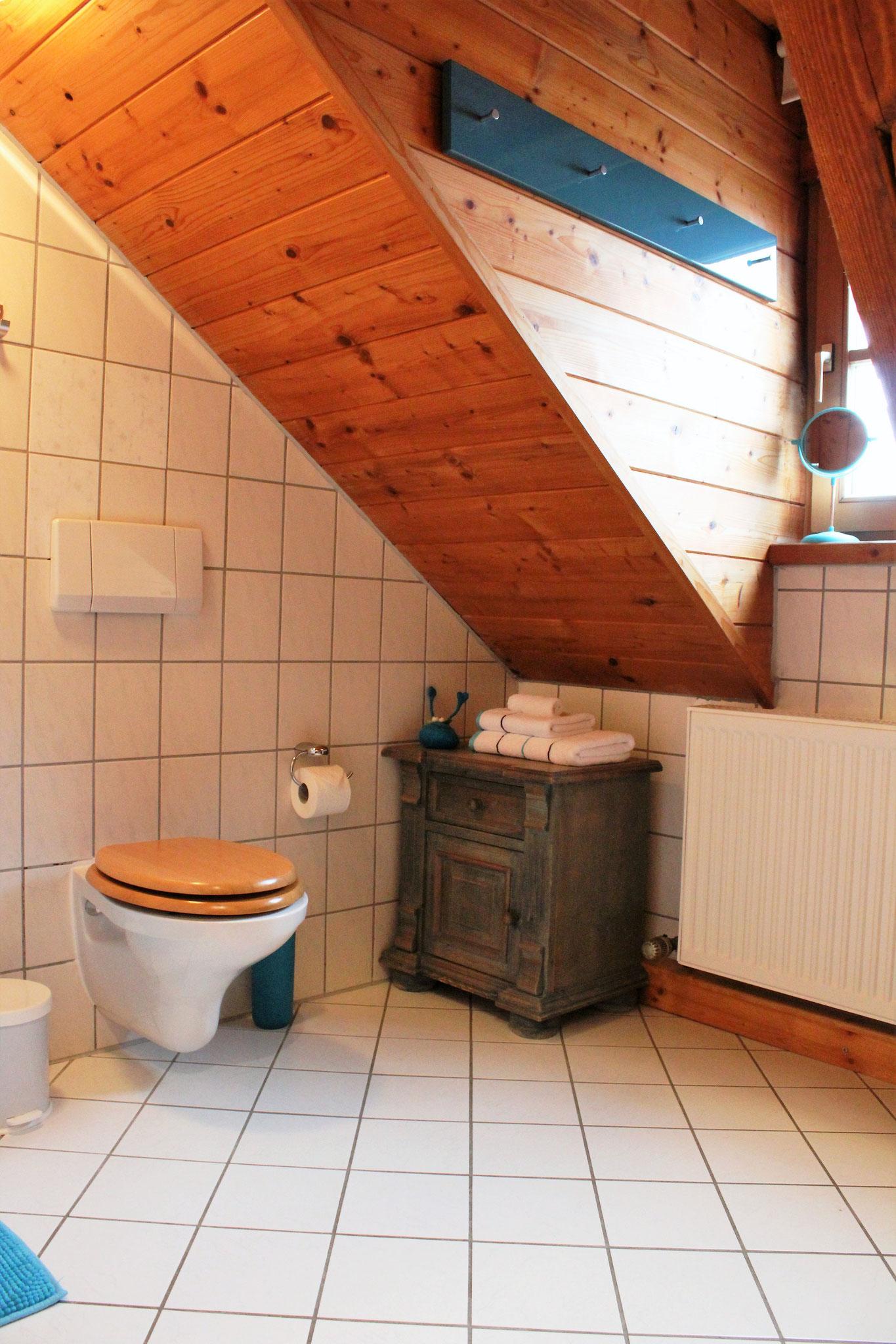Badezimmer (nicht im Bild: Badewanne)