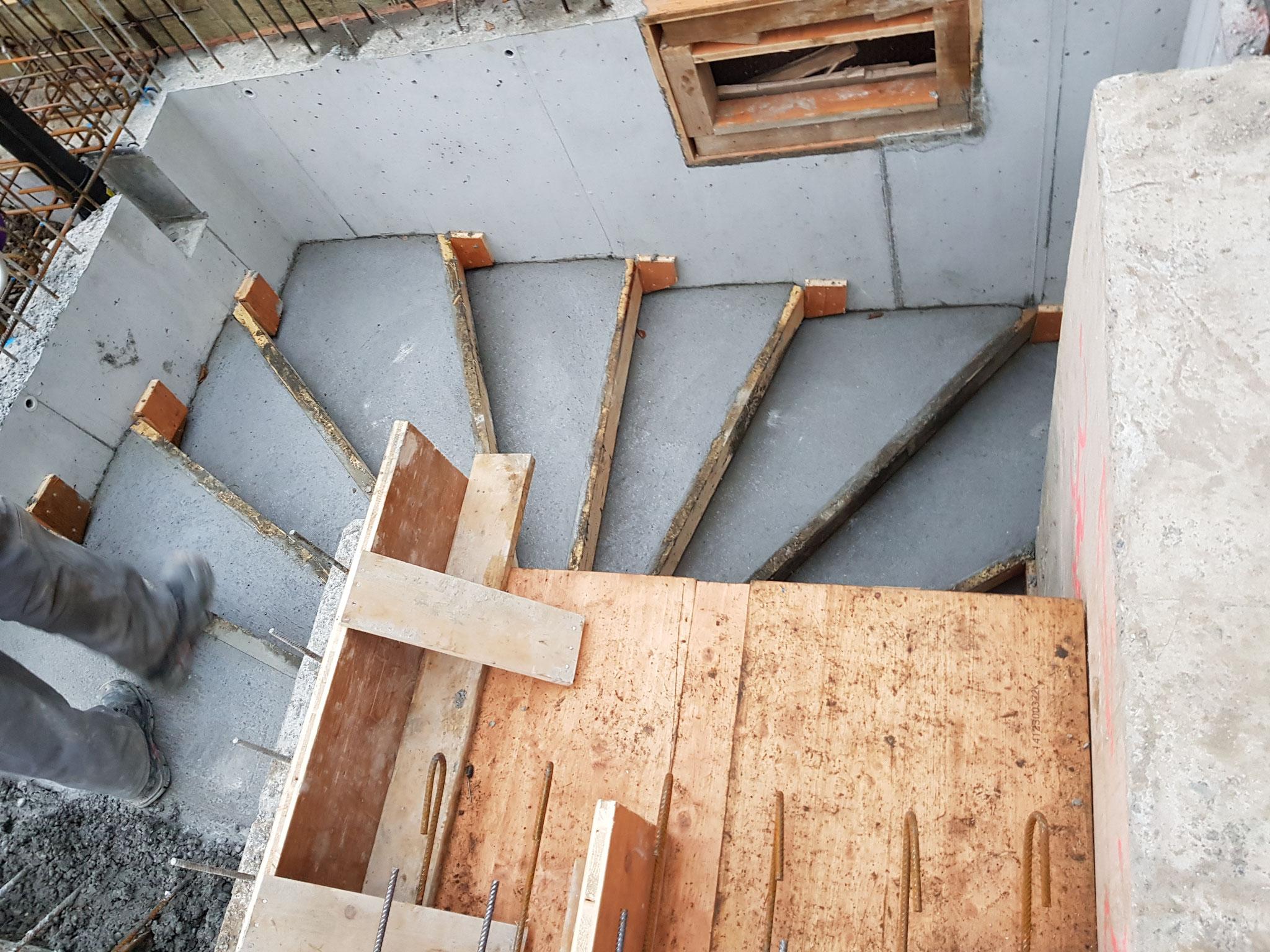 Treppe Untergeschoss - Erdgeschoss