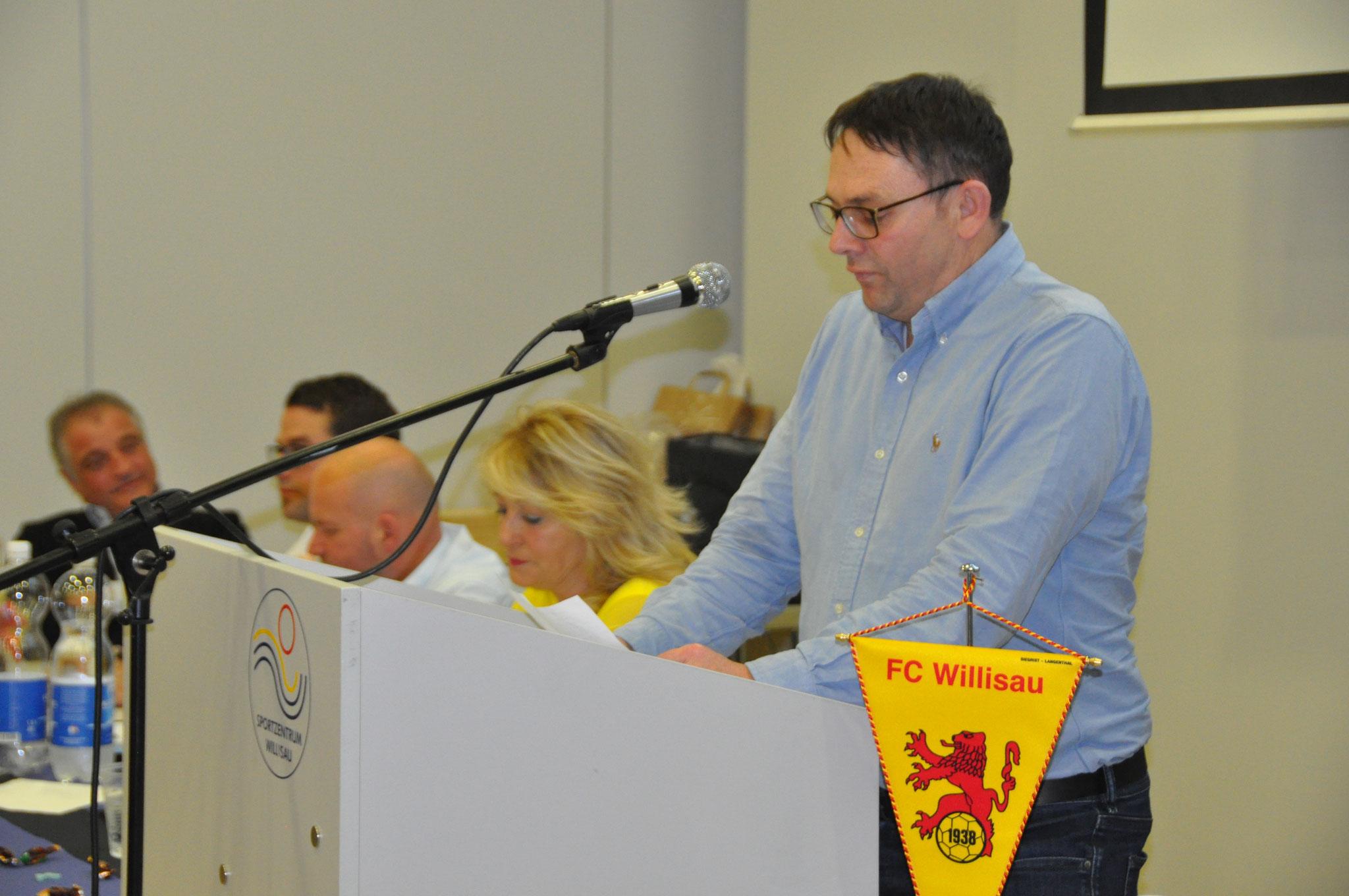 Der neu gewählte Präsident Bruno Peter bei seiner Antrittsrede.