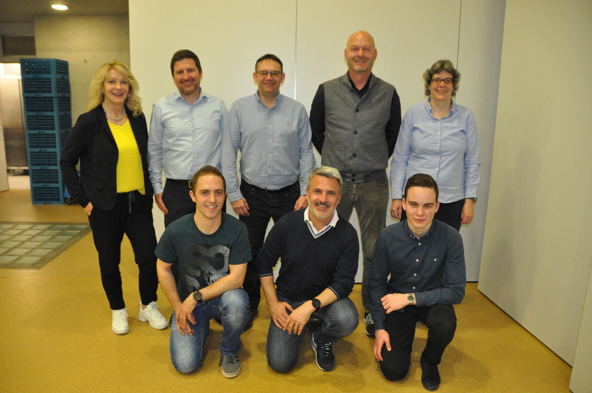 Der neue Vorstand: Sonja Bucheli, Alex Lötscher, Martin Gerber, Bruno Peter, Frank Bringold, Jens Röth, Jonas Steiger, Conny Graber (von links nach rechts). Es fehlt: René Keller.