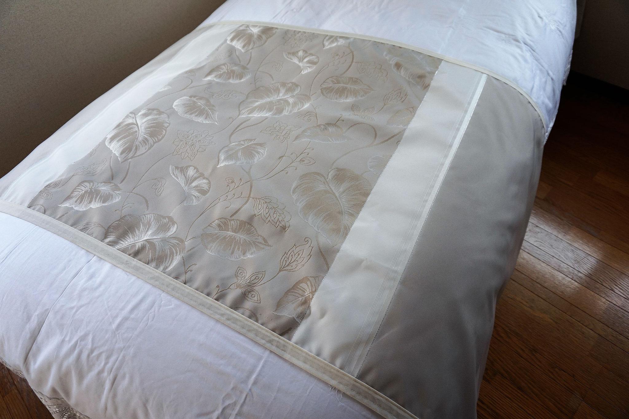 ベッドスロー トパシオ