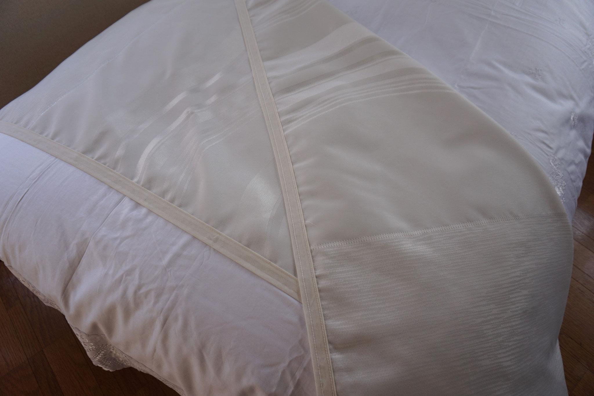ベッドスロー オニックス