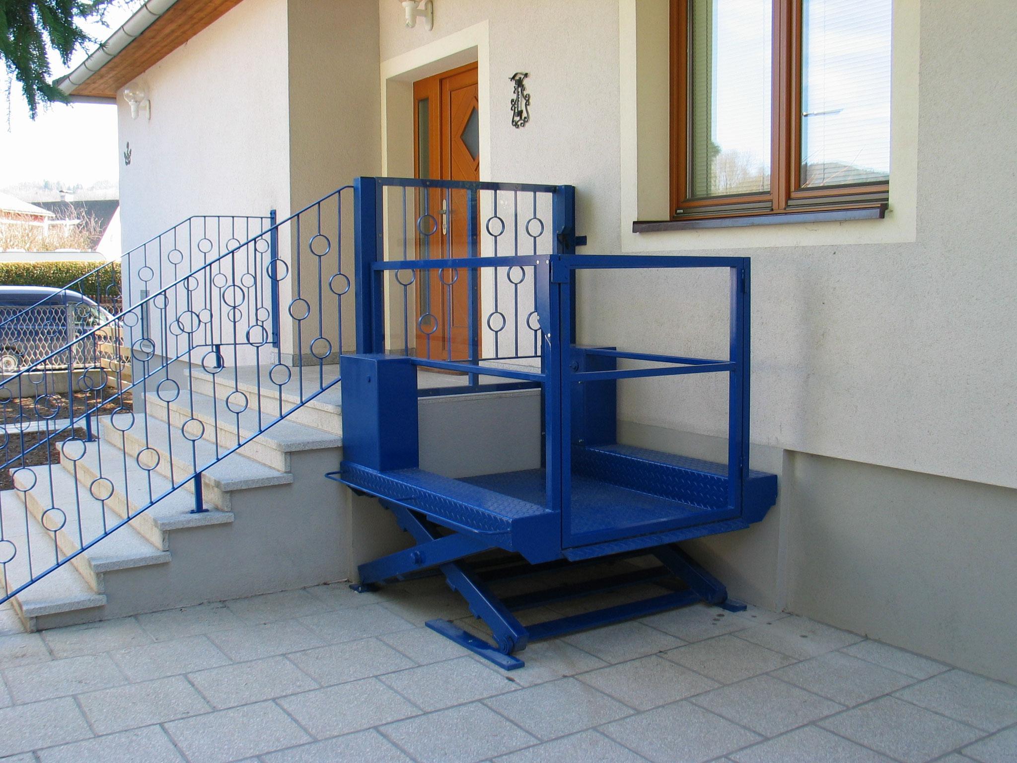 Hubtisch für Rollstuhlfahrer