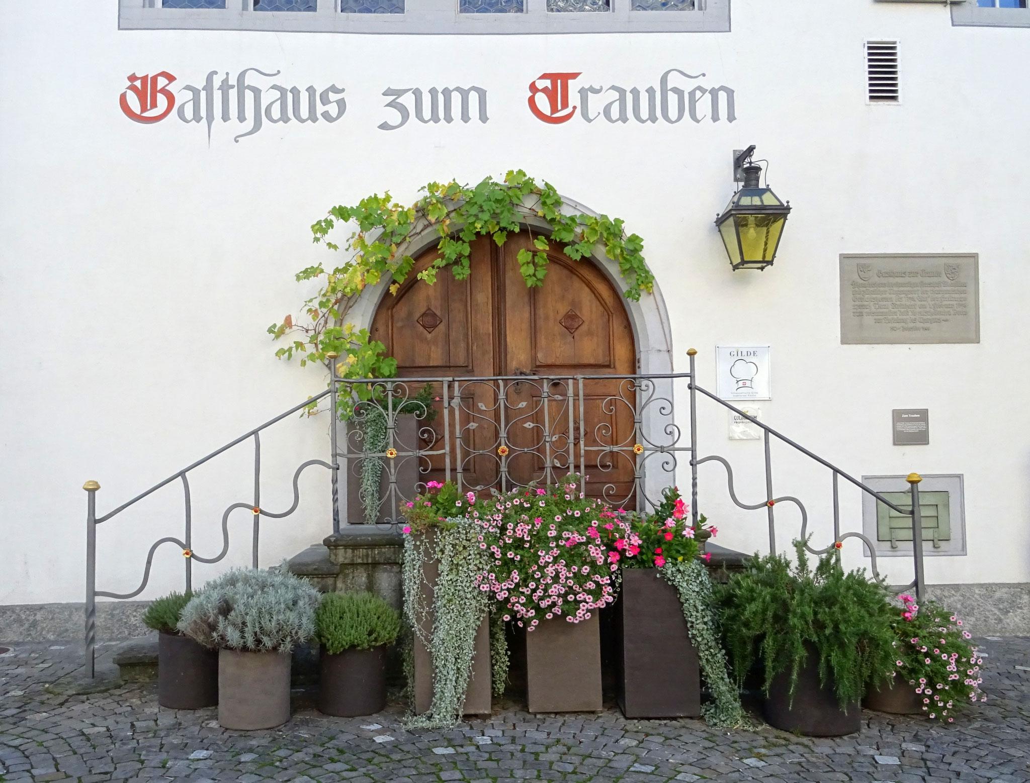 """""""der Thurgau ist frei!"""" hat Paul Reinhart 1798 von dieser Treppe verkündet"""