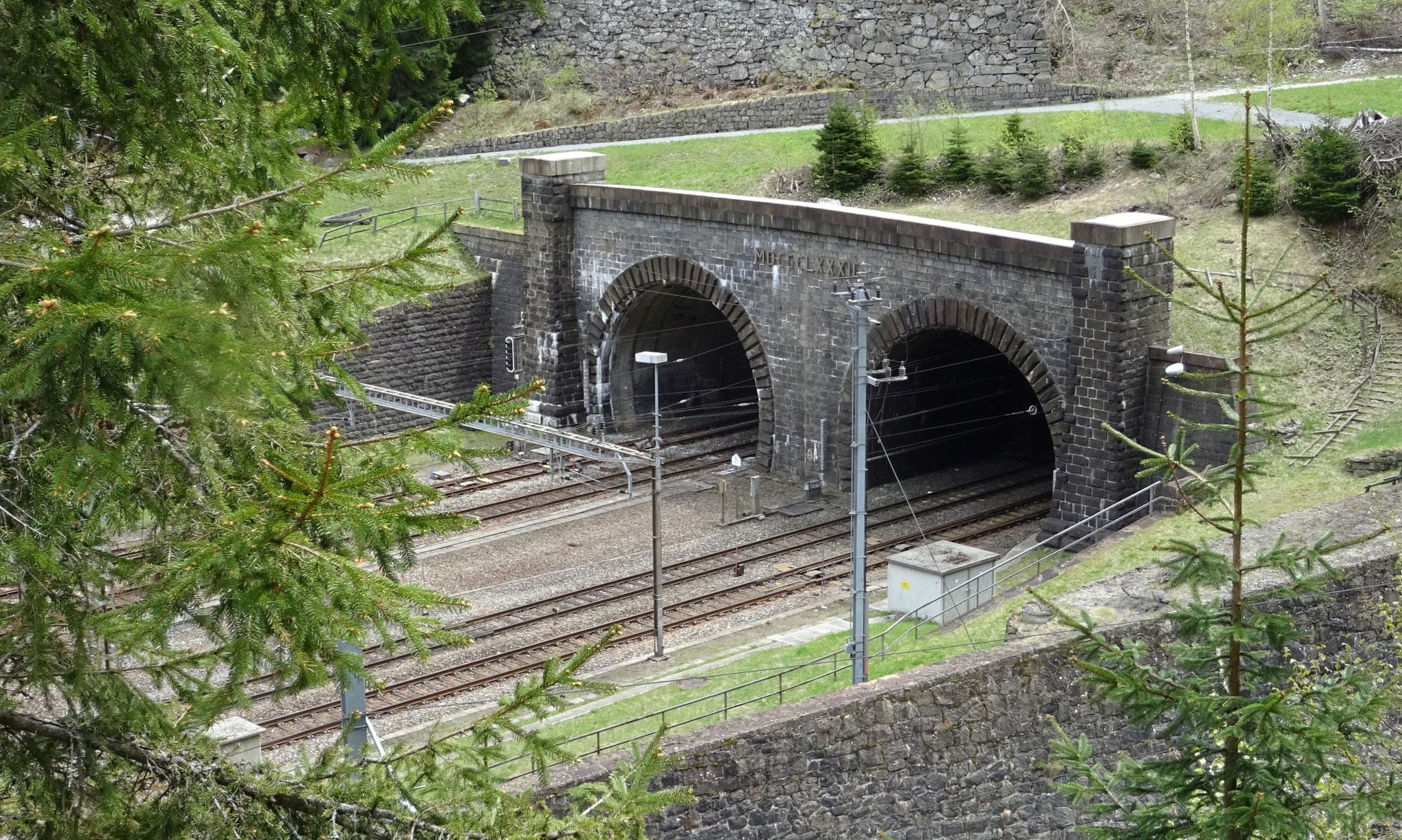 das Tunnelportal in Göschenen